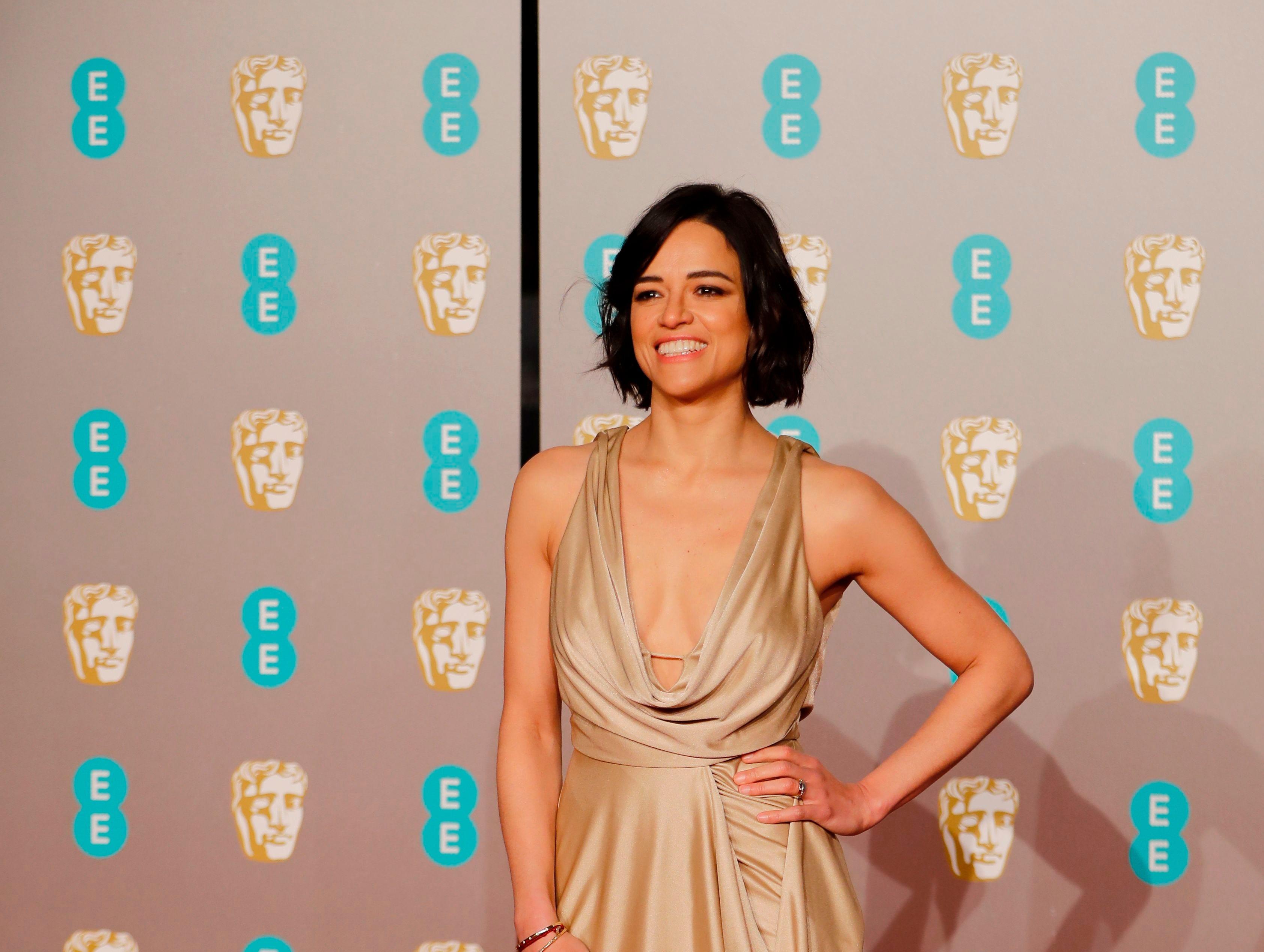 Michelle Rodriguez a su llegada a la alfombra roja de los Premios de la Academia Británica de Cine BAFTA en el Royal Albert Hall en Londres el 10 de febrero de 2019.