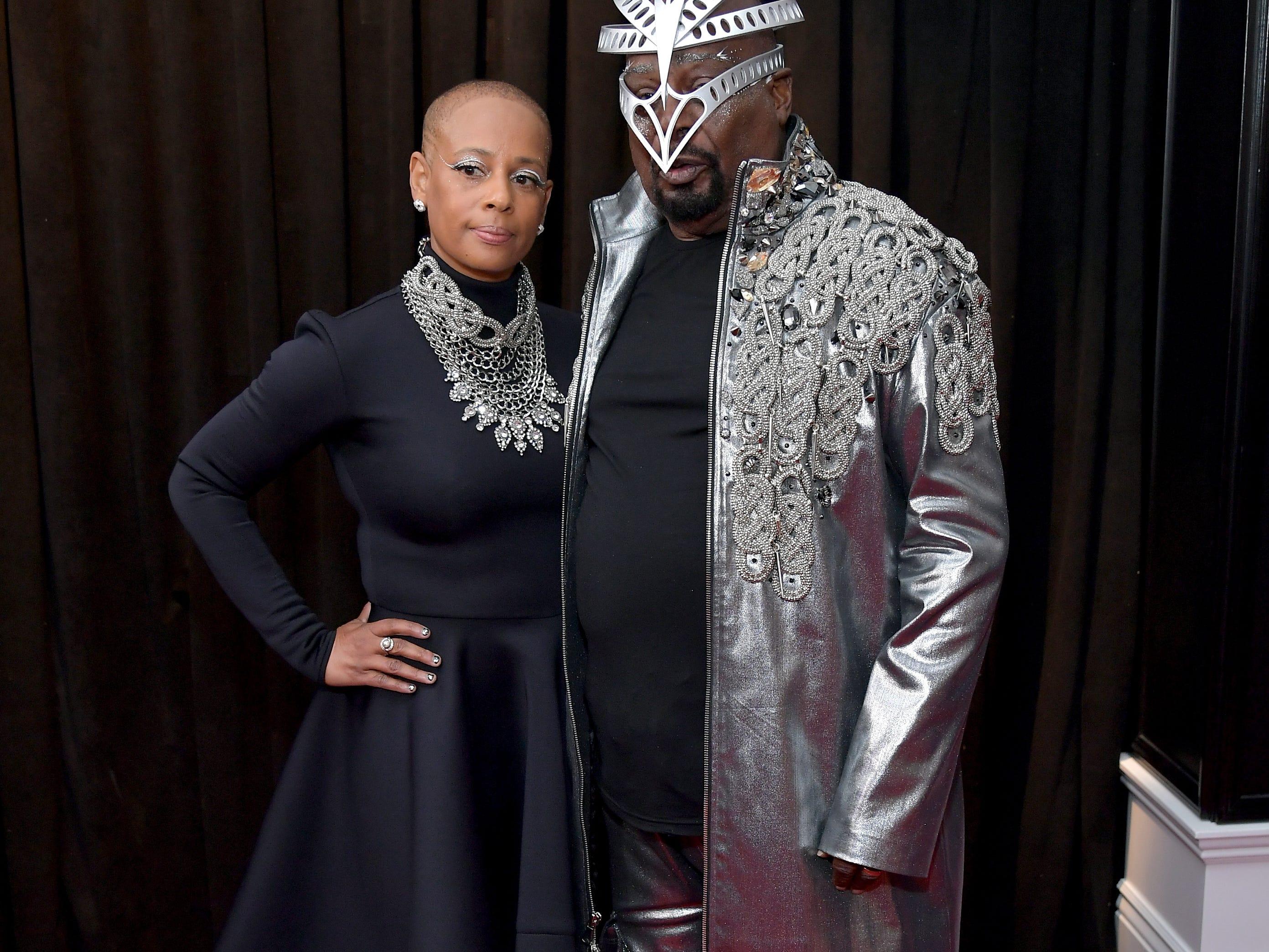 Stephanie Lynn Clinton y George Clinton asisten a la 61ª edición de los premios GRAMMY en el Staples Center el 10 de febrero de 2019 en Los Ángeles, California.