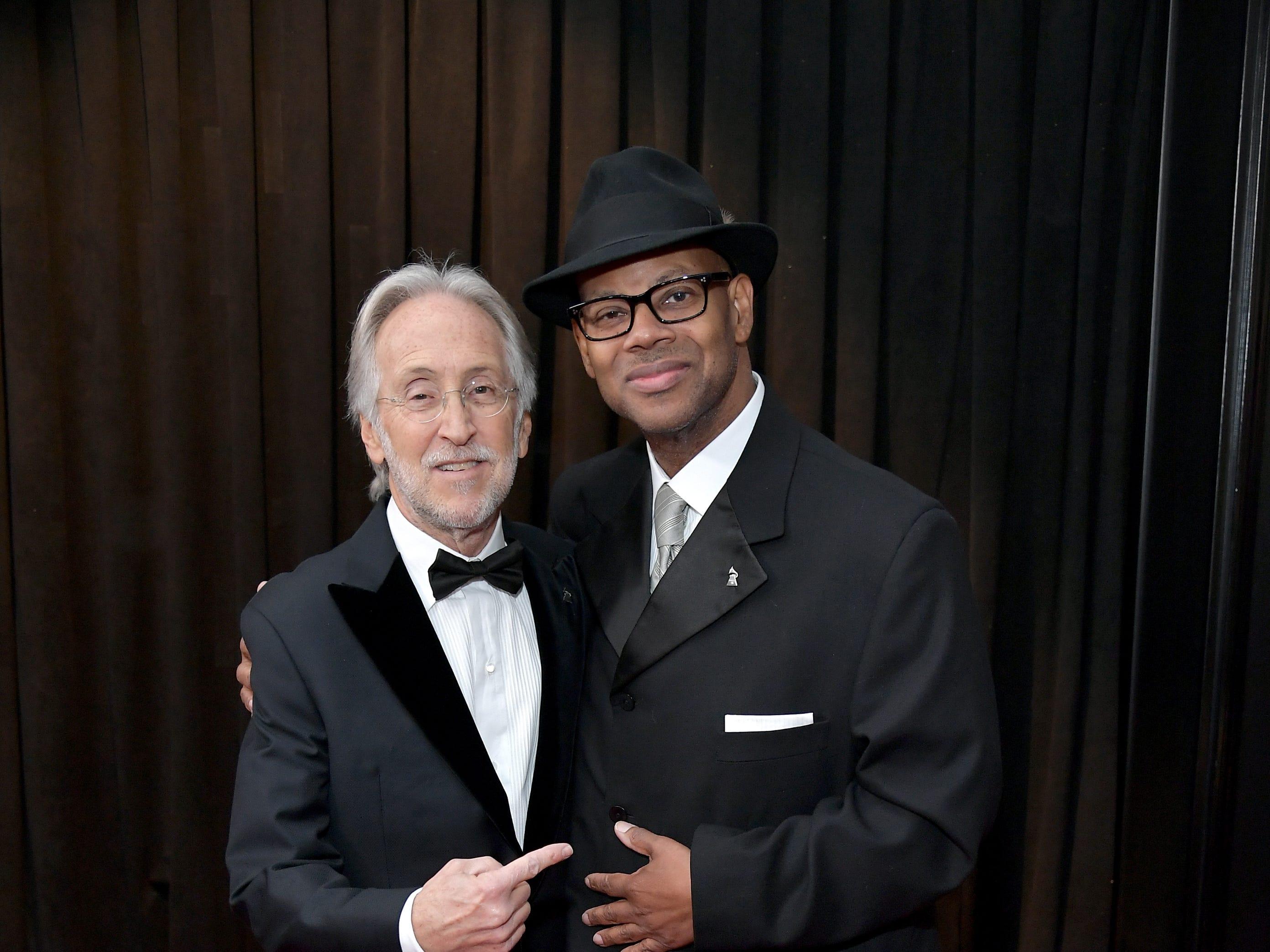 El presidente y CEO de The Recording Academy Neil Portnow y Jimmy Jam asisten a la 61ª edición de los premios GRAMMY en el Staples Center el 10 de febrero de 2019 en Los Ángeles, California.