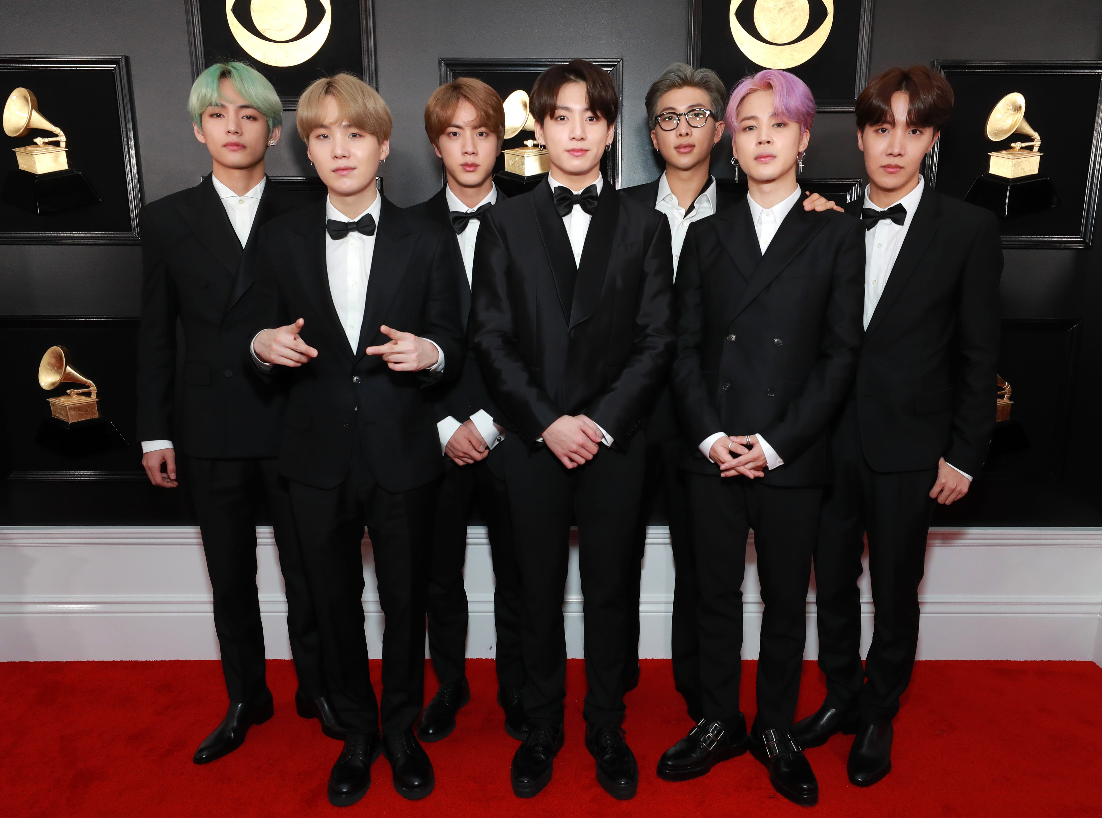 BTS asiste a la 61ª edición de los premios GRAMMY en el Staples Center el 10 de febrero de 2019 en Los Ángeles, California.