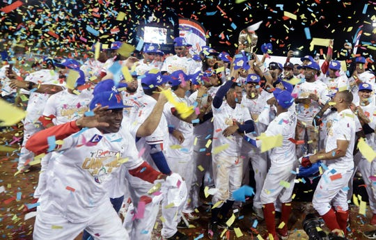 Panamá celebra el título de Serie del Caribe al vencer a Cuba en la final.