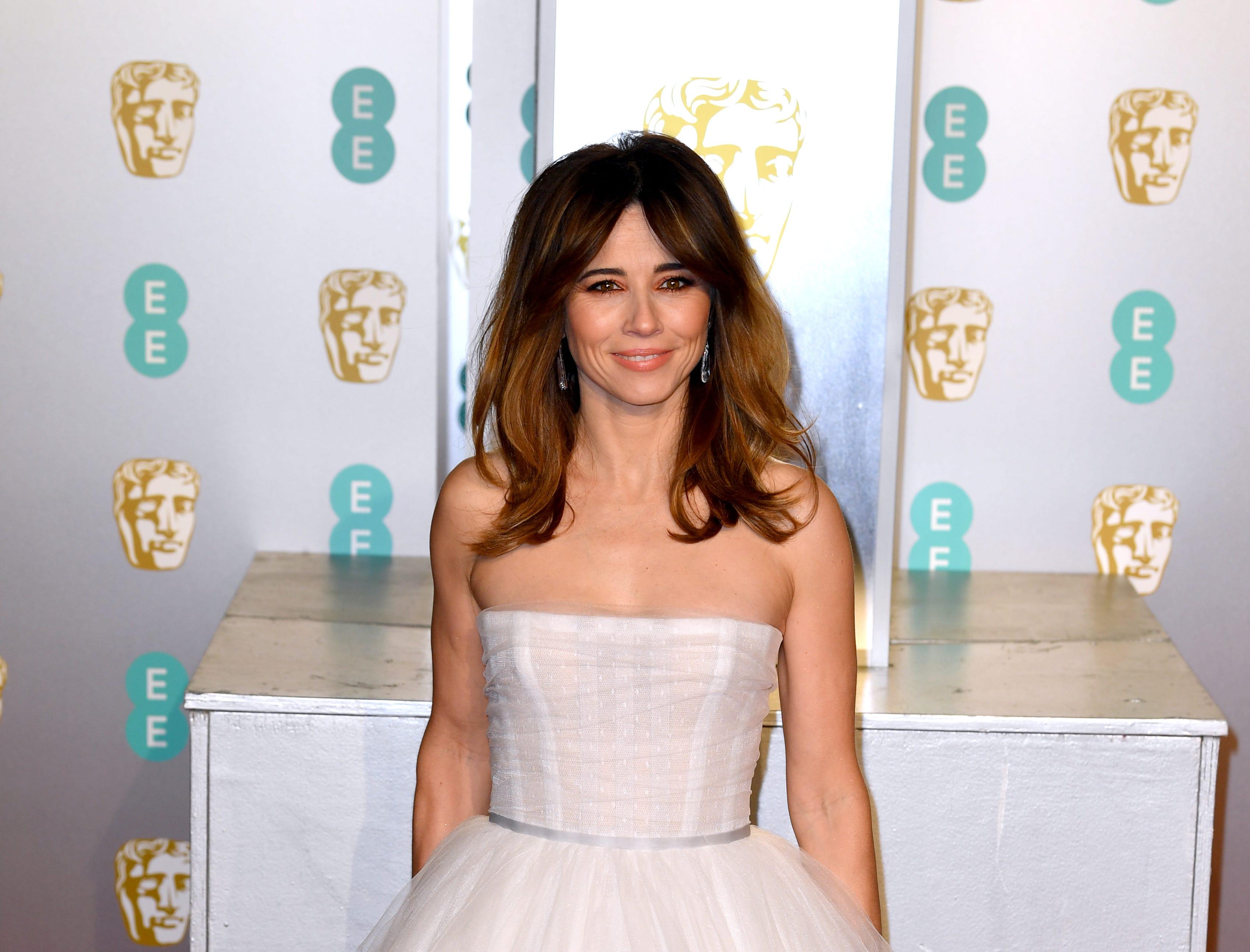 Linda Cardellini a su llegada a la alfombra roja de los Premios de la Academia Británica de Cine BAFTA en el Royal Albert Hall en Londres el 10 de febrero de 2019.