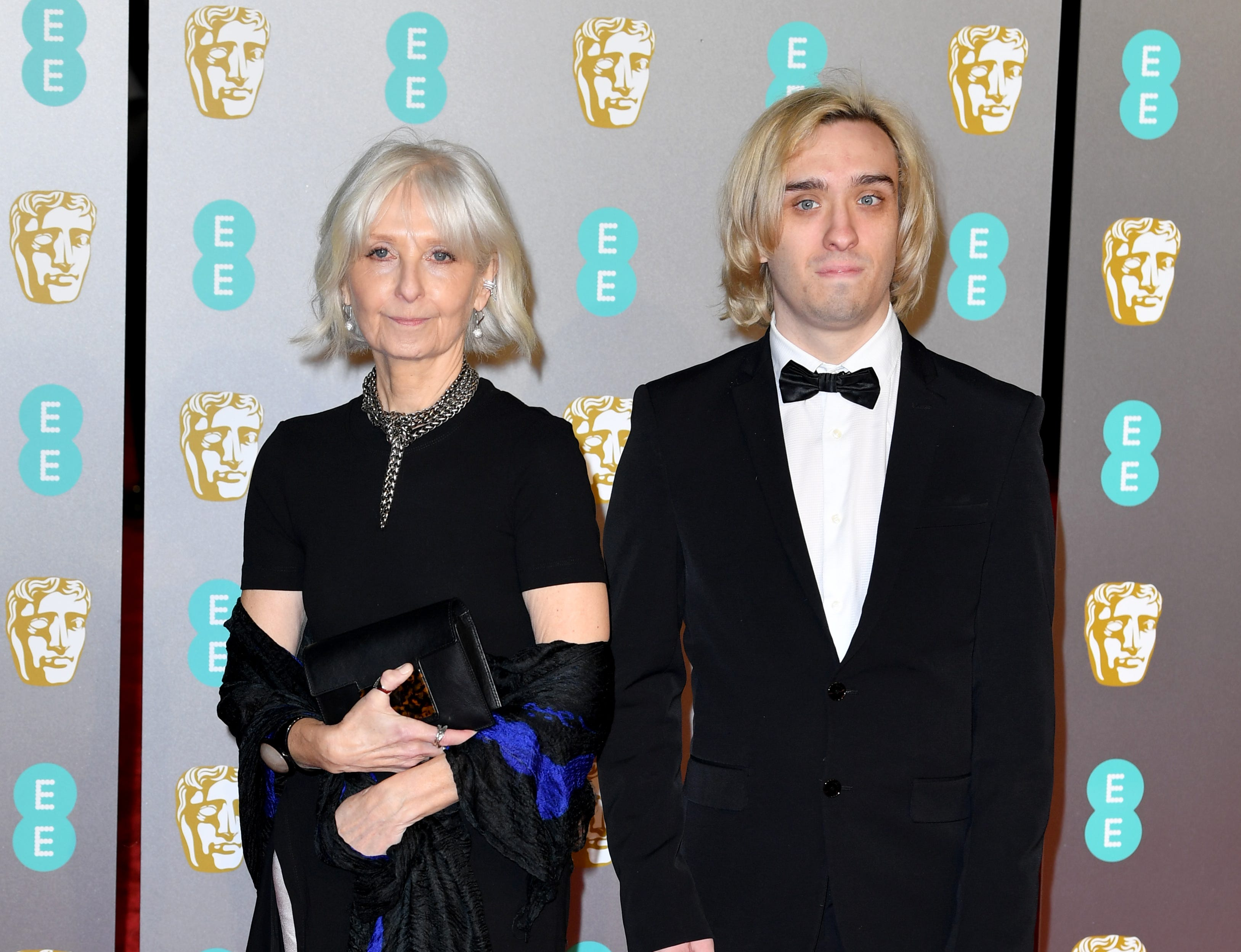 Jan Sewell a su llegada a la alfombra roja de los Premios de la Academia Británica de Cine BAFTA en el Royal Albert Hall en Londres el 10 de febrero de 2019.