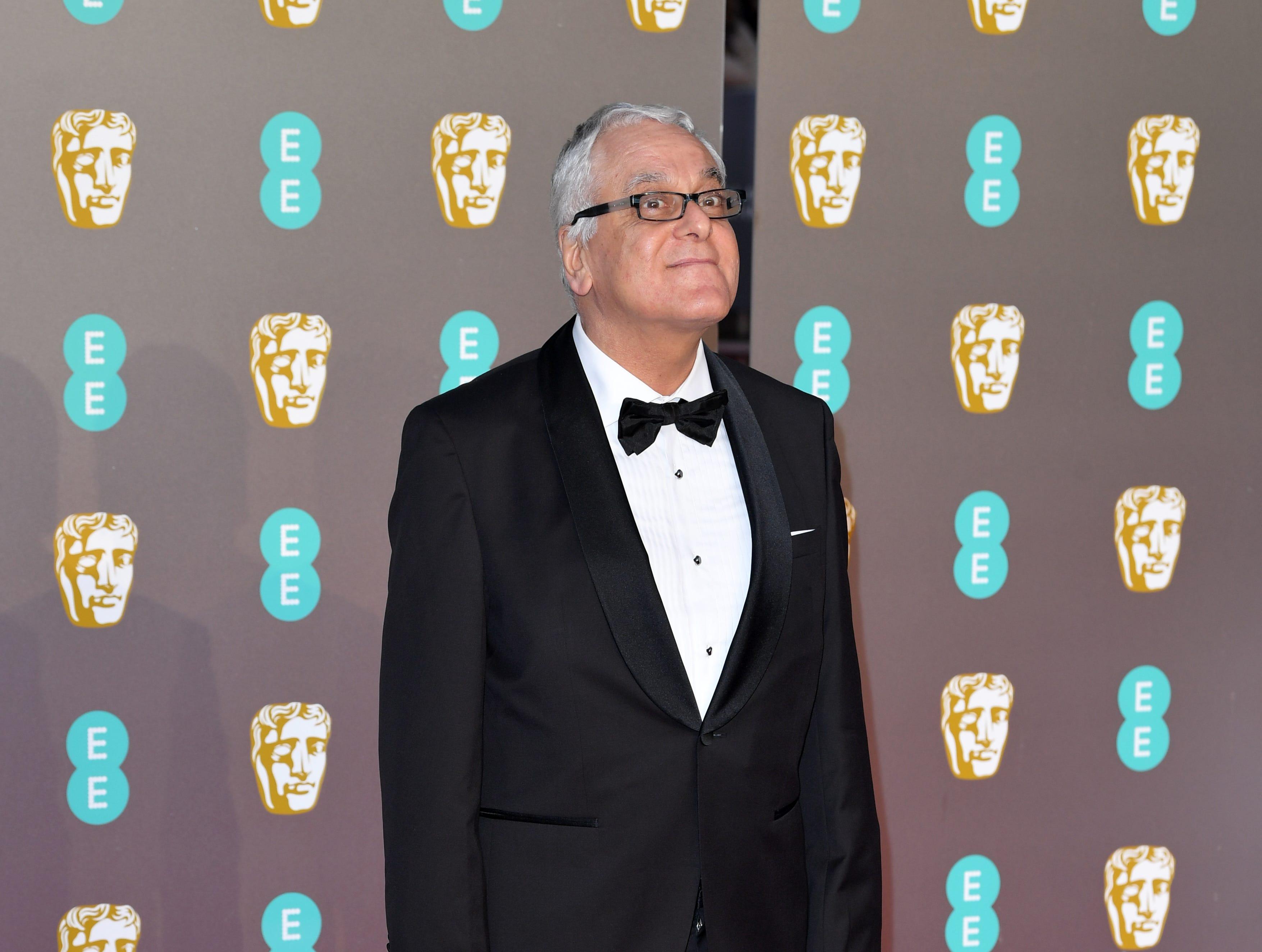 Yorgos Mavropsaridis a su llegada a la alfombra roja de los Premios de la Academia Británica de Cine BAFTA en el Royal Albert Hall en Londres el 10 de febrero de 2019.