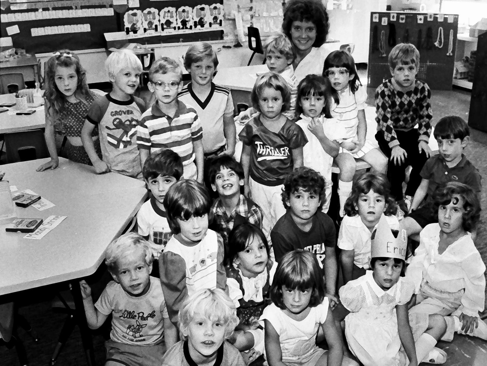In 1985, a class at Leaders Heights Elementary was all smiles.
