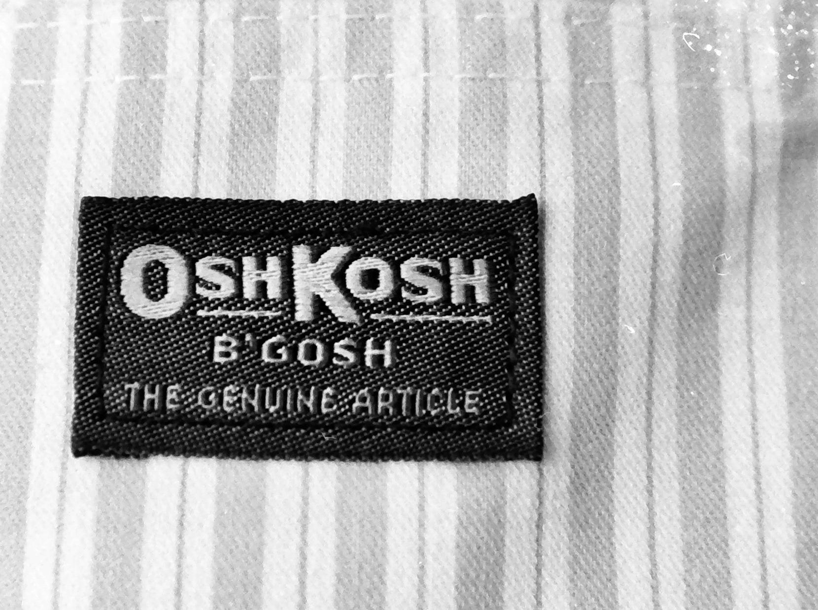 In 1985, OshKosh B'Gosh clothing was a thing.