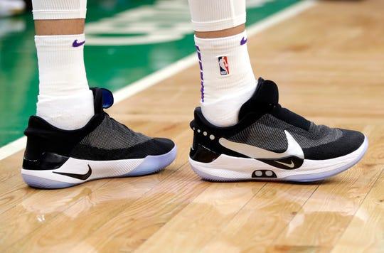 Los Angeles Lakers forward Kyle Kuzma wearing Nike's latest performance basketball shoes.