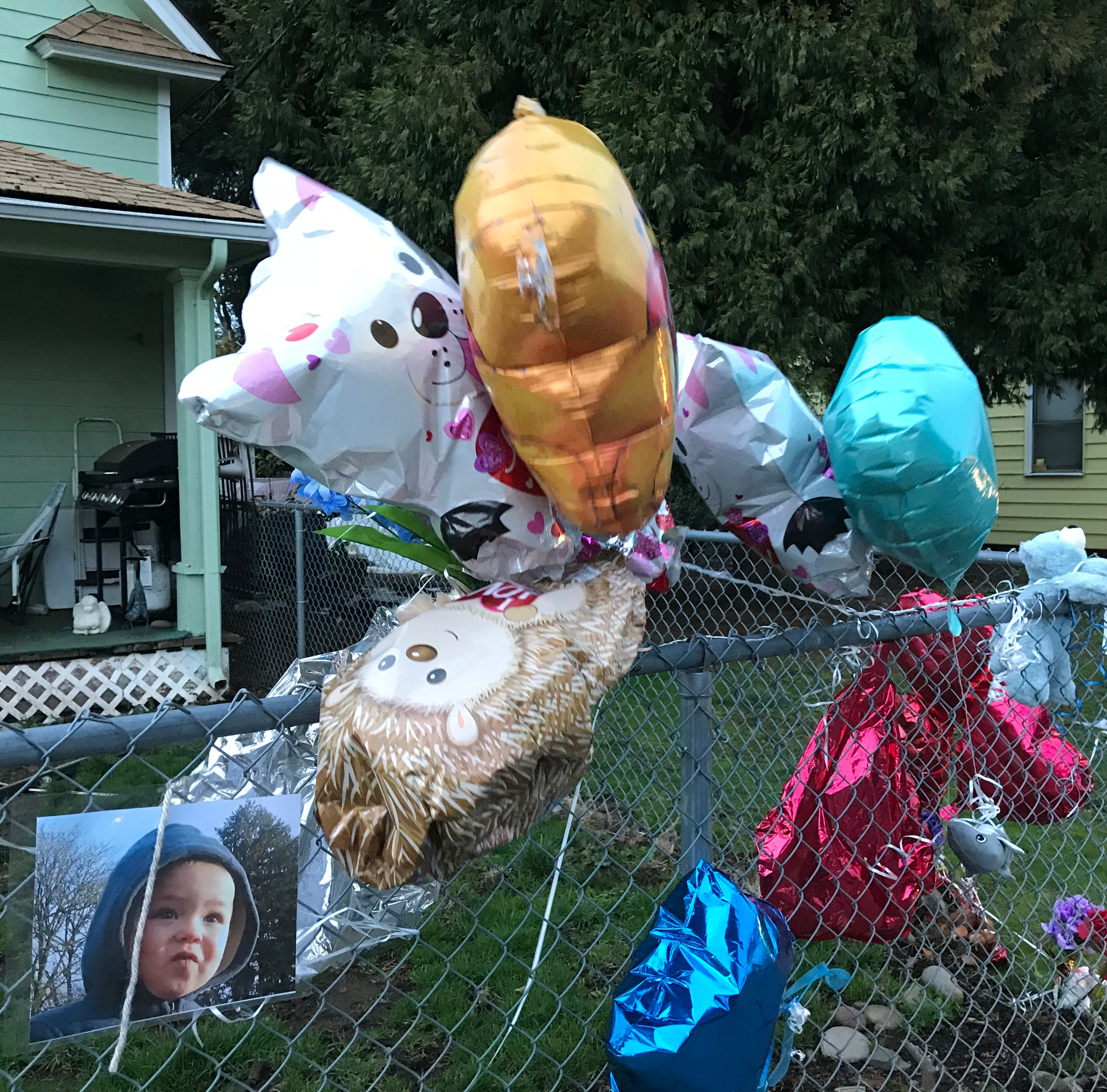 Stayton mom faces manslaughter, neglect charges after son's house fire death