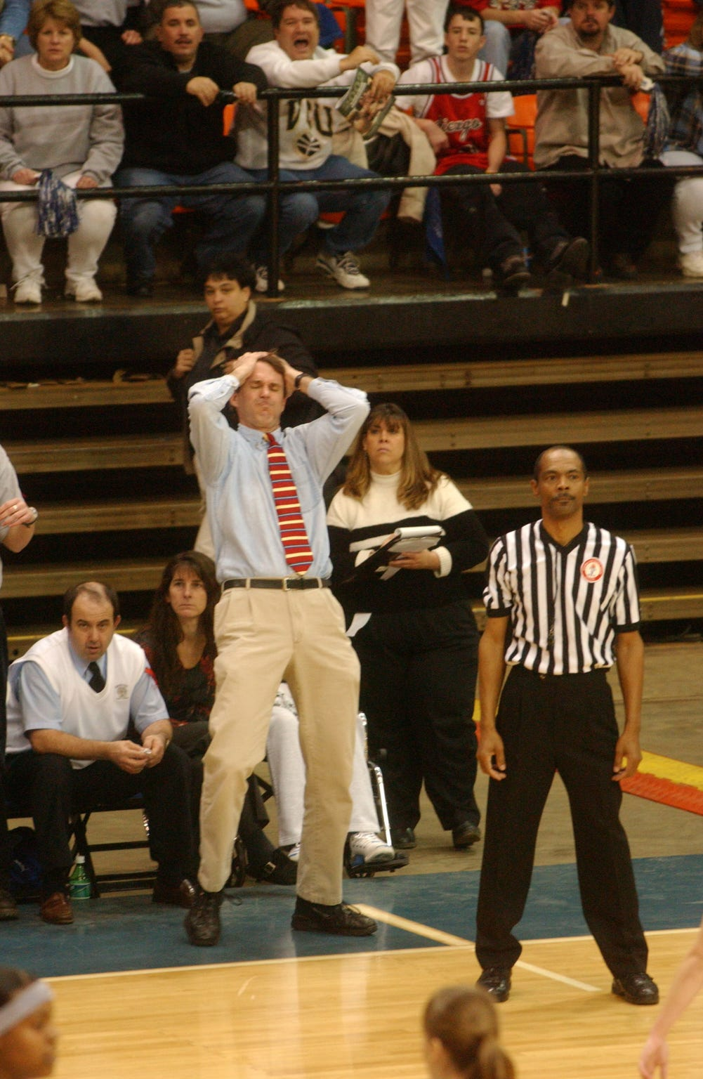 For four years, starting in 1999, Dan Bonner coached the Robert E. Lee High School girls basketball team.