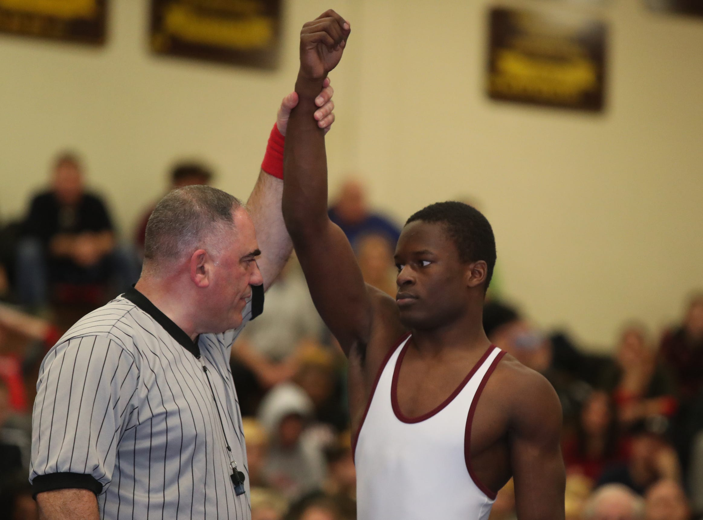 Arlington's Kawan Wills defeats Fox Lane's Lucas Friedman in the 152-pound match of the division I wrestling finals at Clarkstown South High School on Sunday, February 10, 2019.