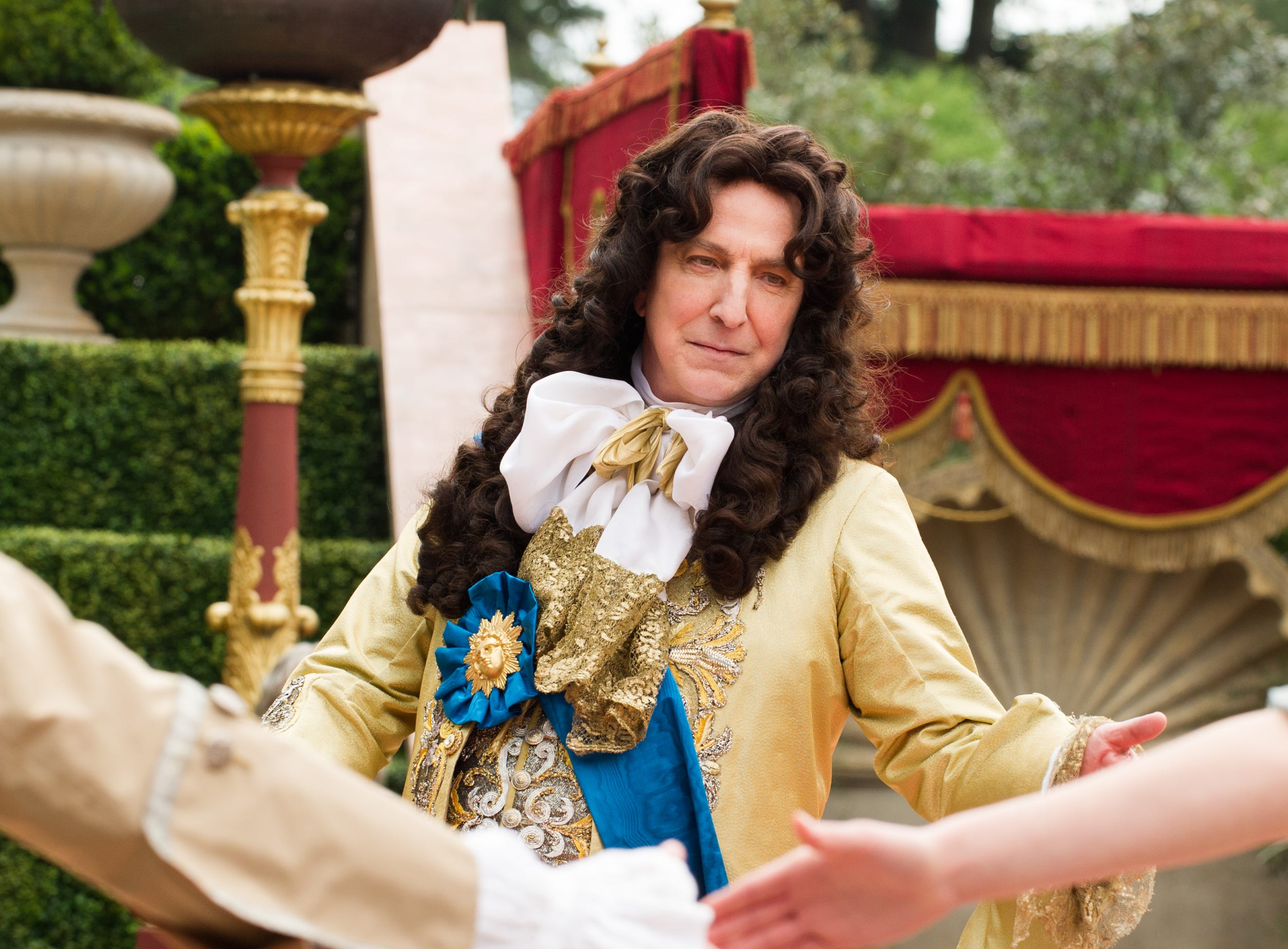 """Alan Rickman played France's King Louis XIV in film """"A Little Chaos,"""" which he also directed. He died in 2016."""
