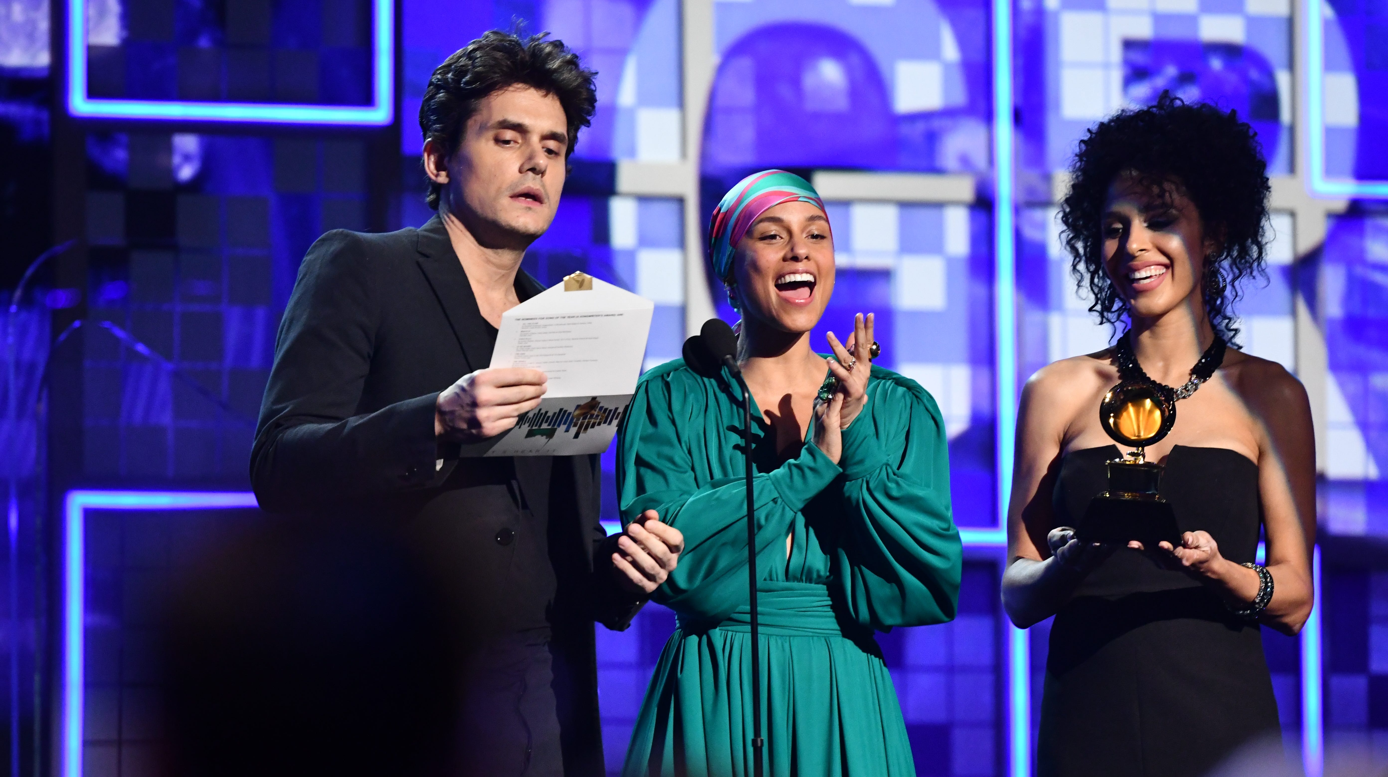Grammys 2019: Grammys 2019: Alicia Keys Wows Internet With Jaw-dropping