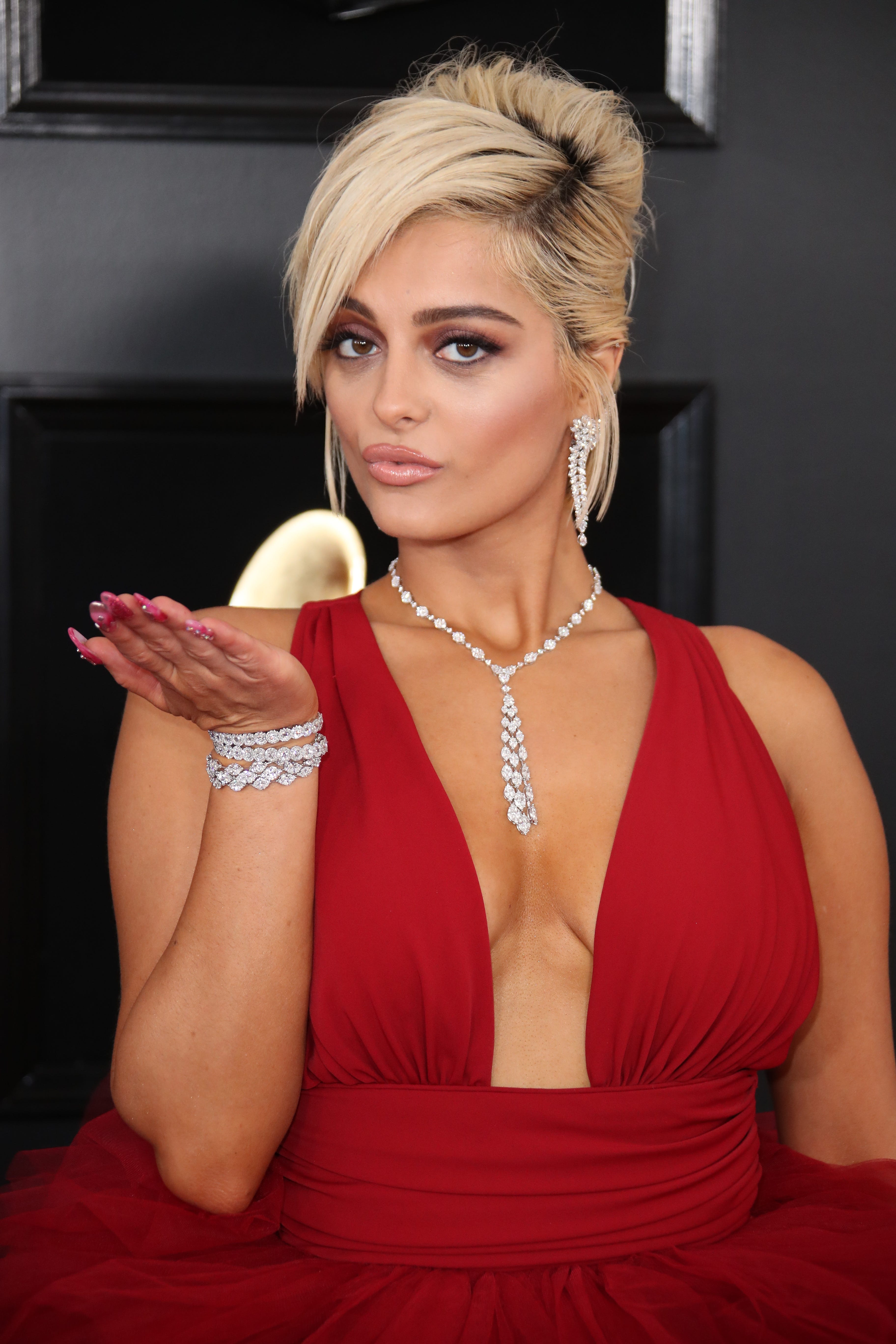 Bebe Rexha posts unedited bikini photo on Instagram to show 'what a real woman looks like'