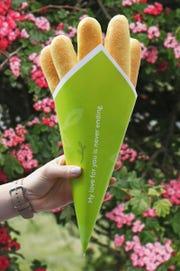 Olive Garden breadstick bouquet.