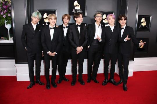 Grammy 2019 Bts: K-pop Band BTS Show Up At Grammys And Social Media Goes Wild
