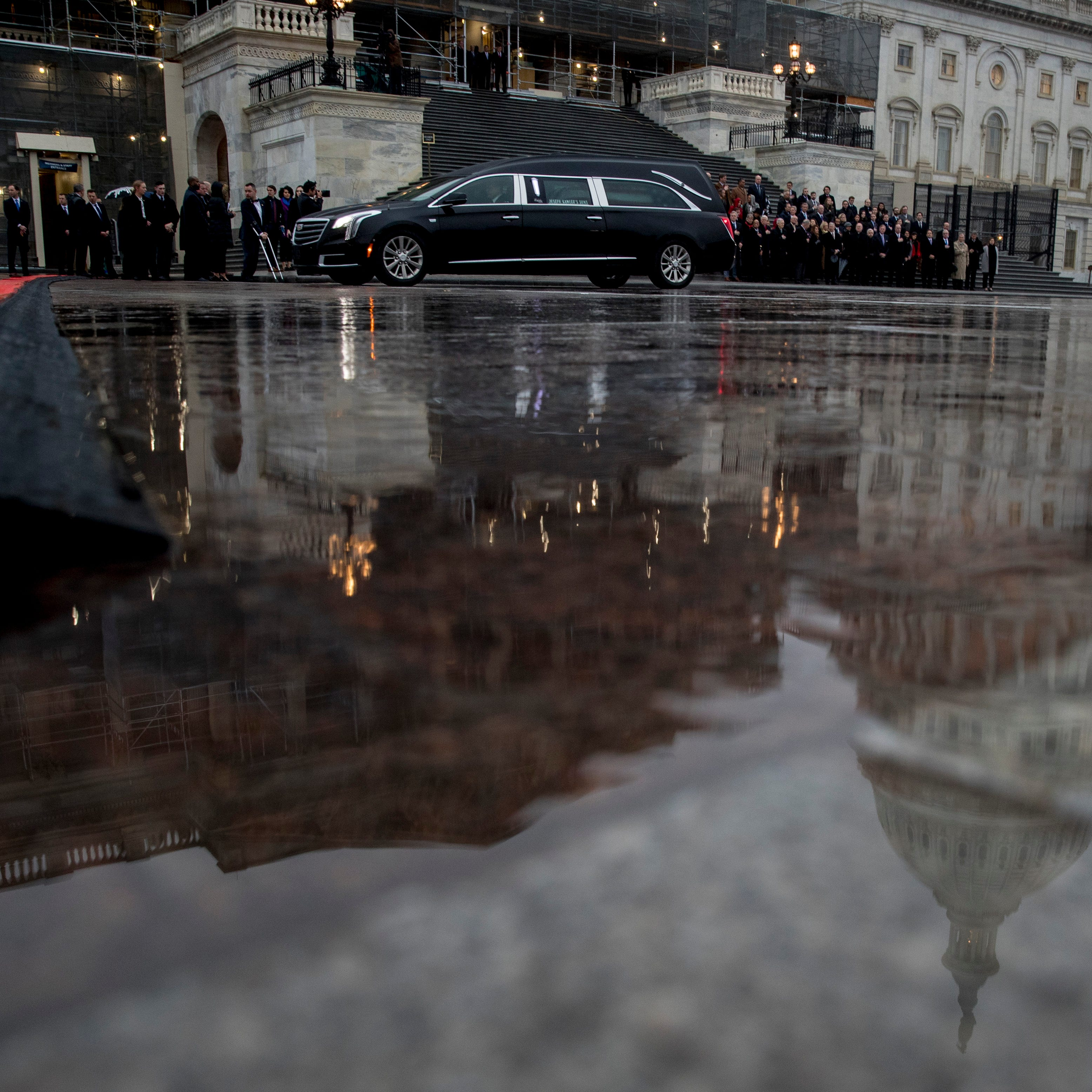 Weather forces U.S. reps to miss funeral, but Dingell arrives in D.C.