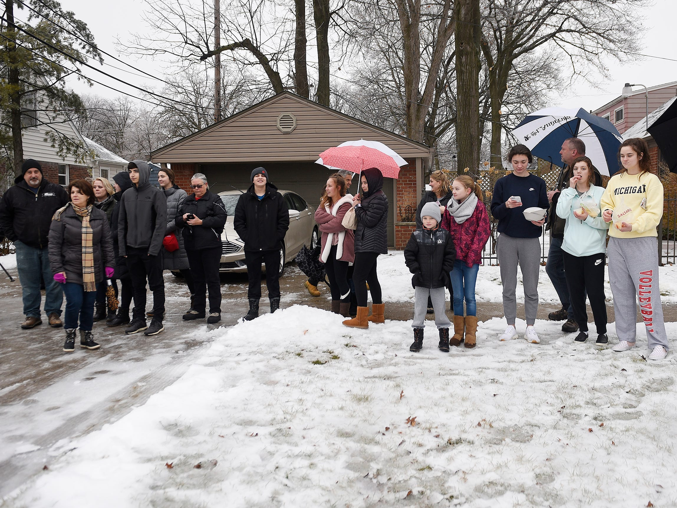 A small group of local residents came out to pay their respect to John D. Dingell.