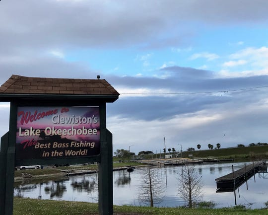 Fishermen, farmers and other Lake Okeechobee-area residents turned out Monday to give the Army Corps their thoughts on how the lake should be managed.