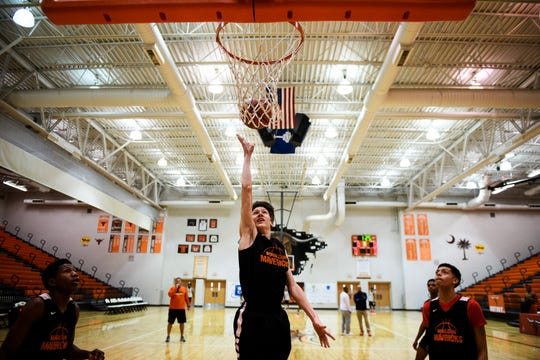 Mauldin's Sully Reames (3) attempts to shoot a layup during practice at Mauldin High School on Monday, Feb. 11, 2019.