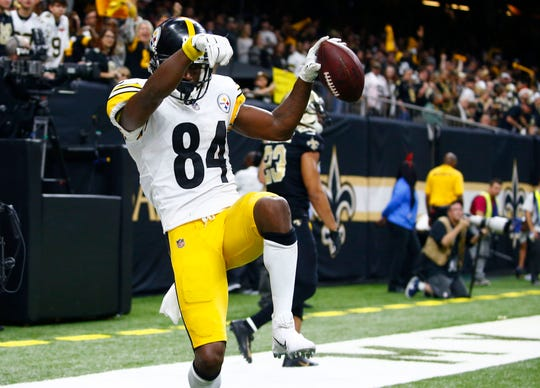 Pittsburgh Steelers wide receiver Antonio Brown (84) celebrated a touchdown reception in a game against the New Orleans Saints on Dec. 23, 2018.