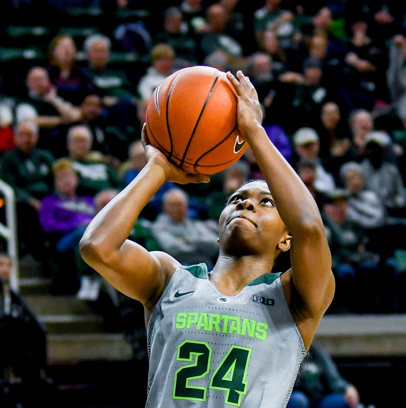 Using a laser focus, Nia Clouden reaching goals in debut season with MSU women's hoops