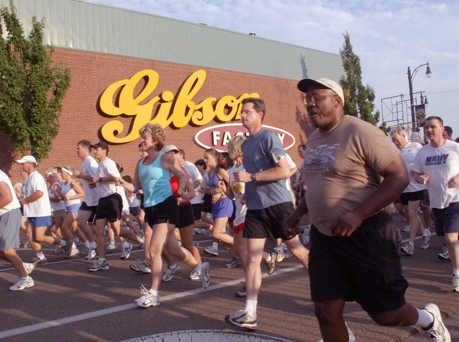 2004 -The Annual Gibson Guitar/ Baldwin Piano 5K Run-Walk, benefiting the St. Patrick Learning Center, Inc.