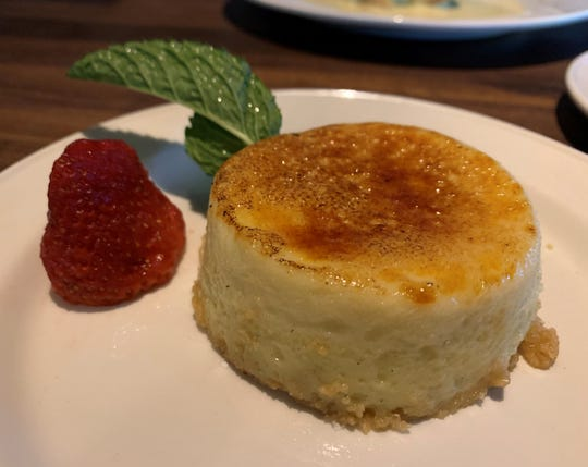 The mini cheesecake brûlée from Yard House, Naples.