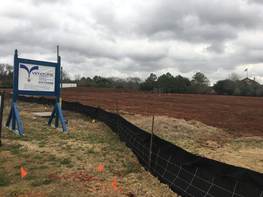 Hooters has started construction on its Prattville location.