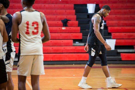 Demond Robinson walks up the court during practice at Lee High School in Montgomery, Ala., on Monday, Jan. 28, 2019.
