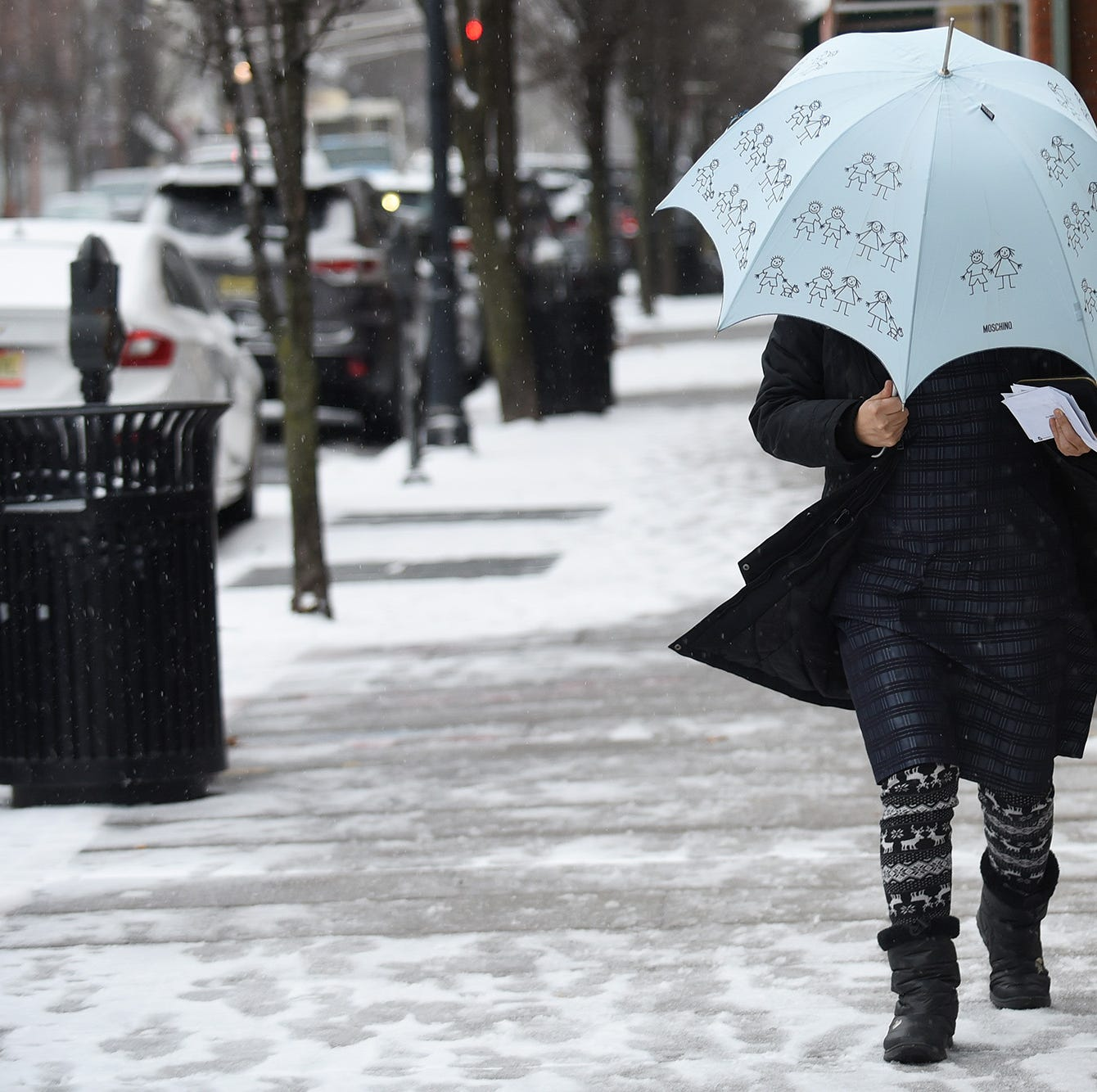 Snow expected to hit New Jersey on Sunday evening; expect a slippery commute Monday