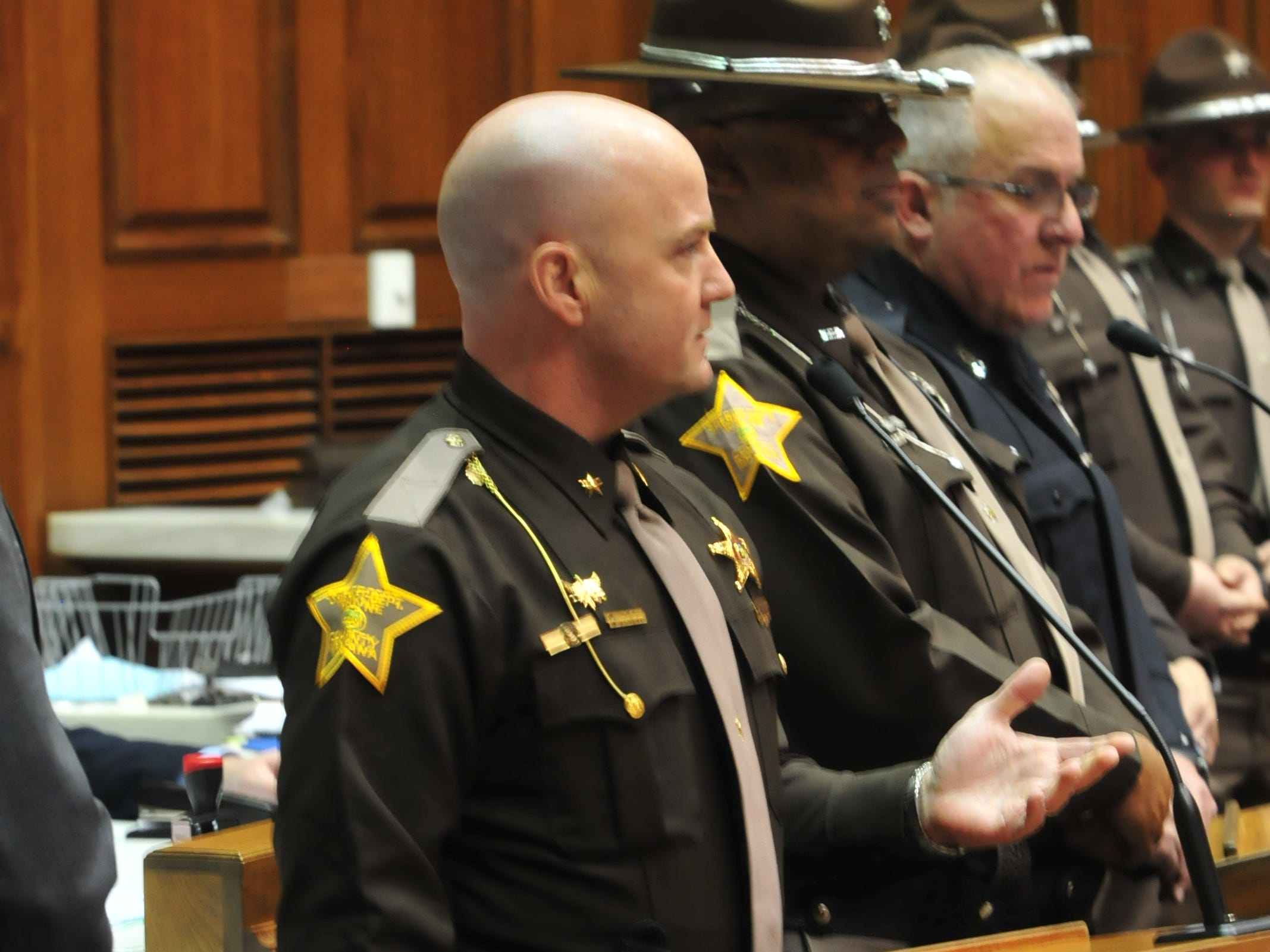 Sheriff Randy Retter addresses the House after the reading of a joint resolution Tuesday.