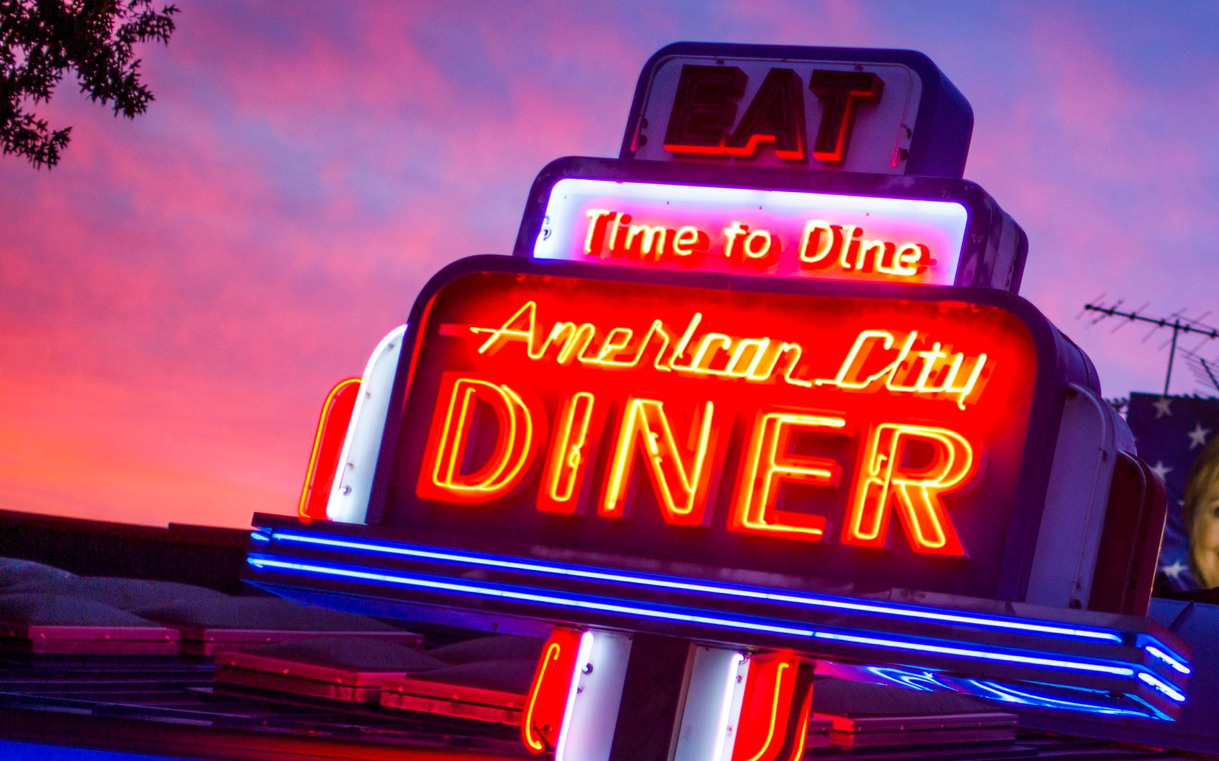 Want to own a restaurant in Iowa? More than 100 are for sale or lease right now