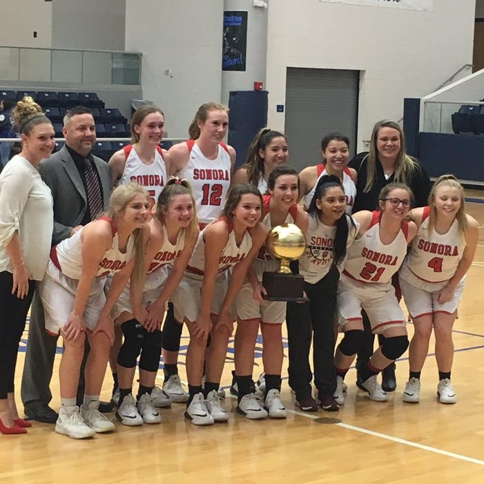 PLAYOFFS ROUNDUP: Sonora girls win first playoff game in four years