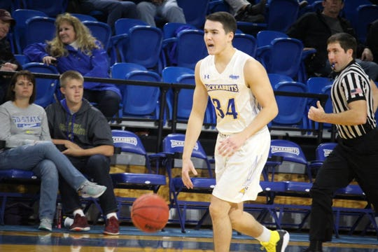 Alex Arians ranks among the Summit League leaders in assists and shooting percentage