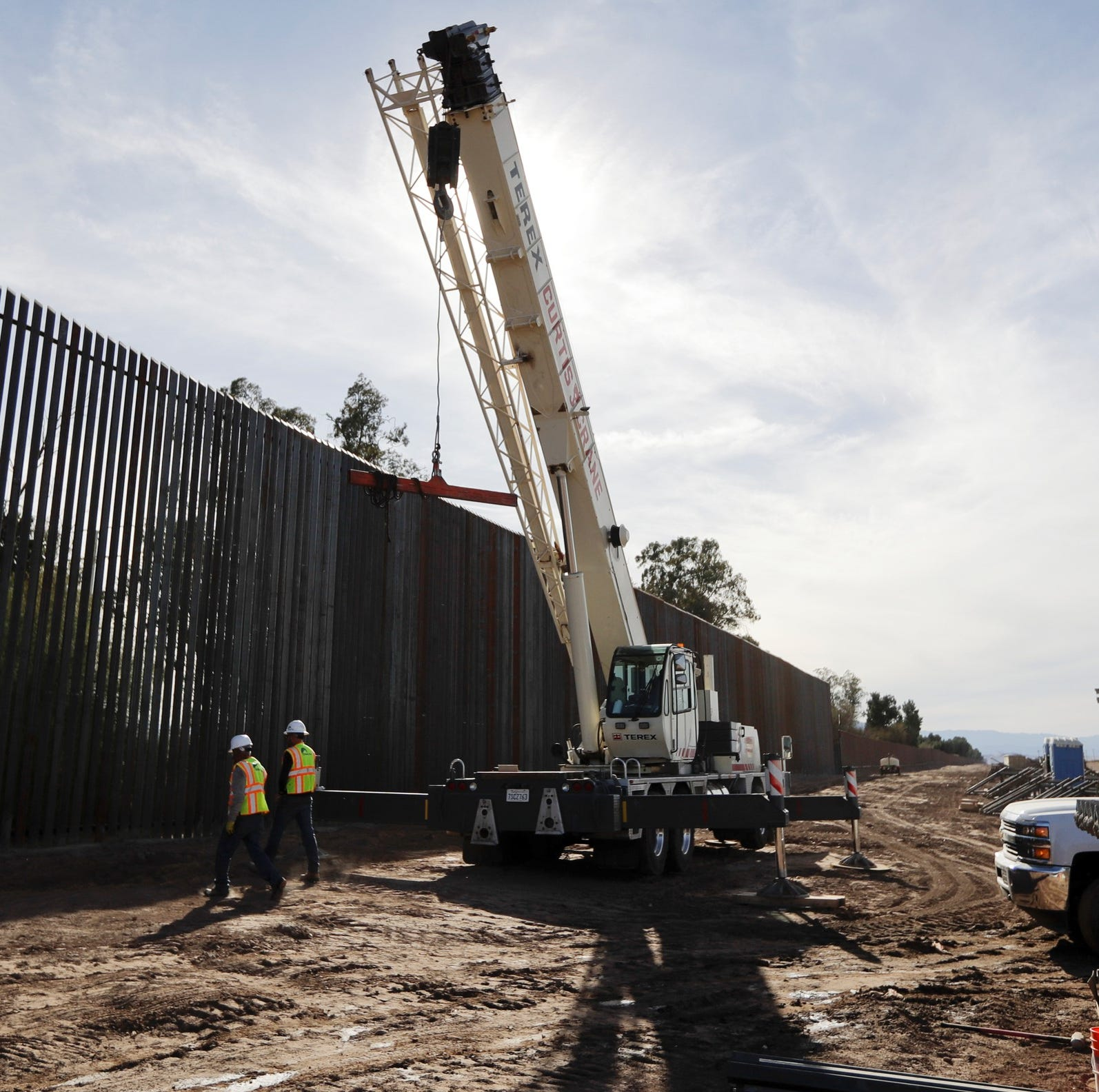 Border wall: WNC's GOP congressmen split on Trump national emergency declaration