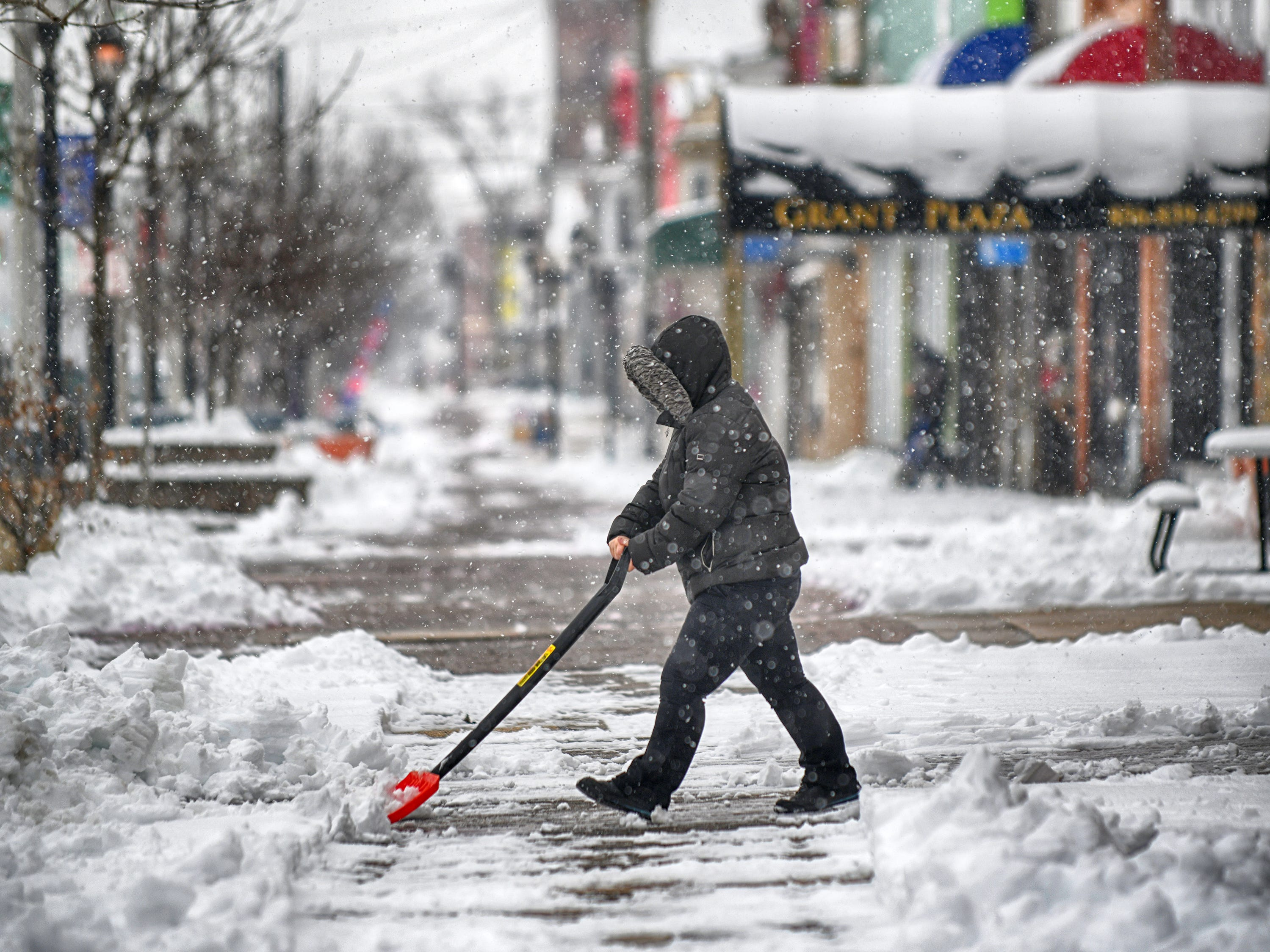 The sidewalk outside Kura Thai and Sushi on Landis Avenue in Vineland is cleared of snow on Monday, Feb. 11, 2019.