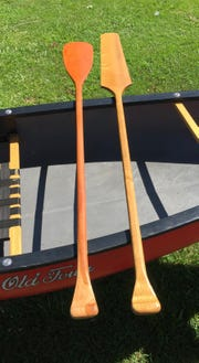 Paddle blades that are wide move more water but are less efficient than a thin, narrow blade, according to Carver.