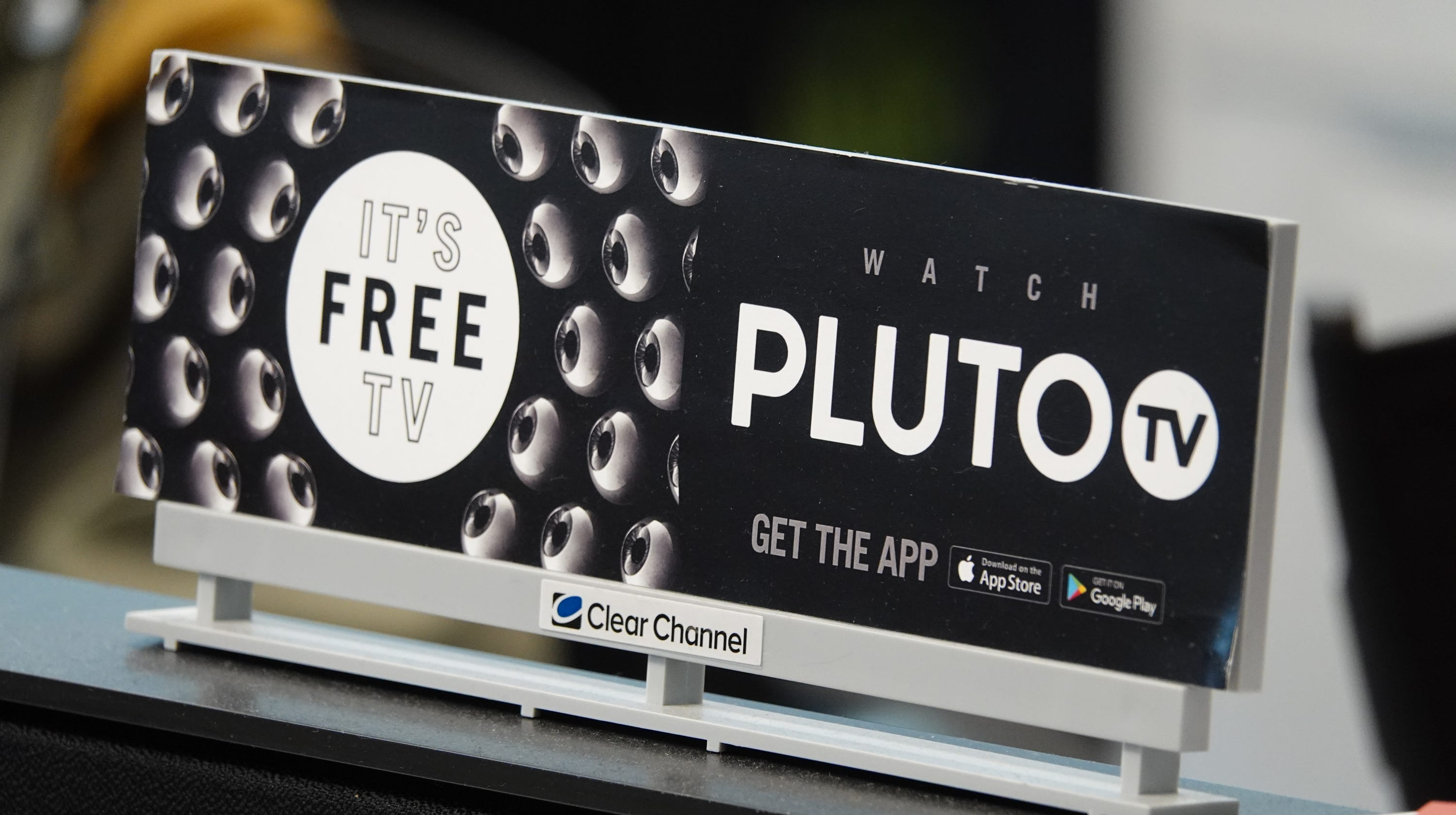 Free TV Pluto, Roku, Crackle, Xumo, Tubi as Netflix, Hulu