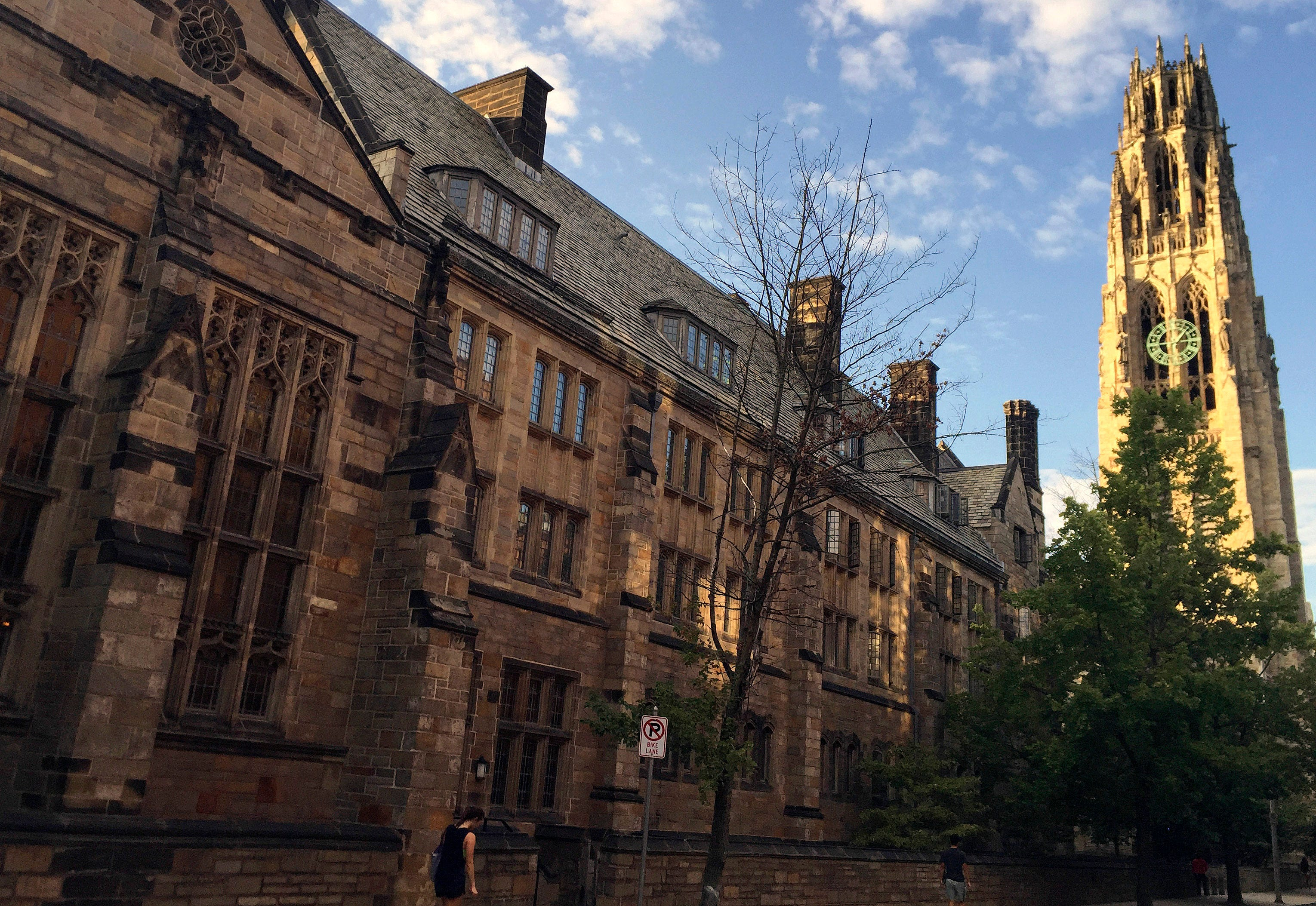 Lawsuit seeks to force all-male fraternities at Yale to allow women