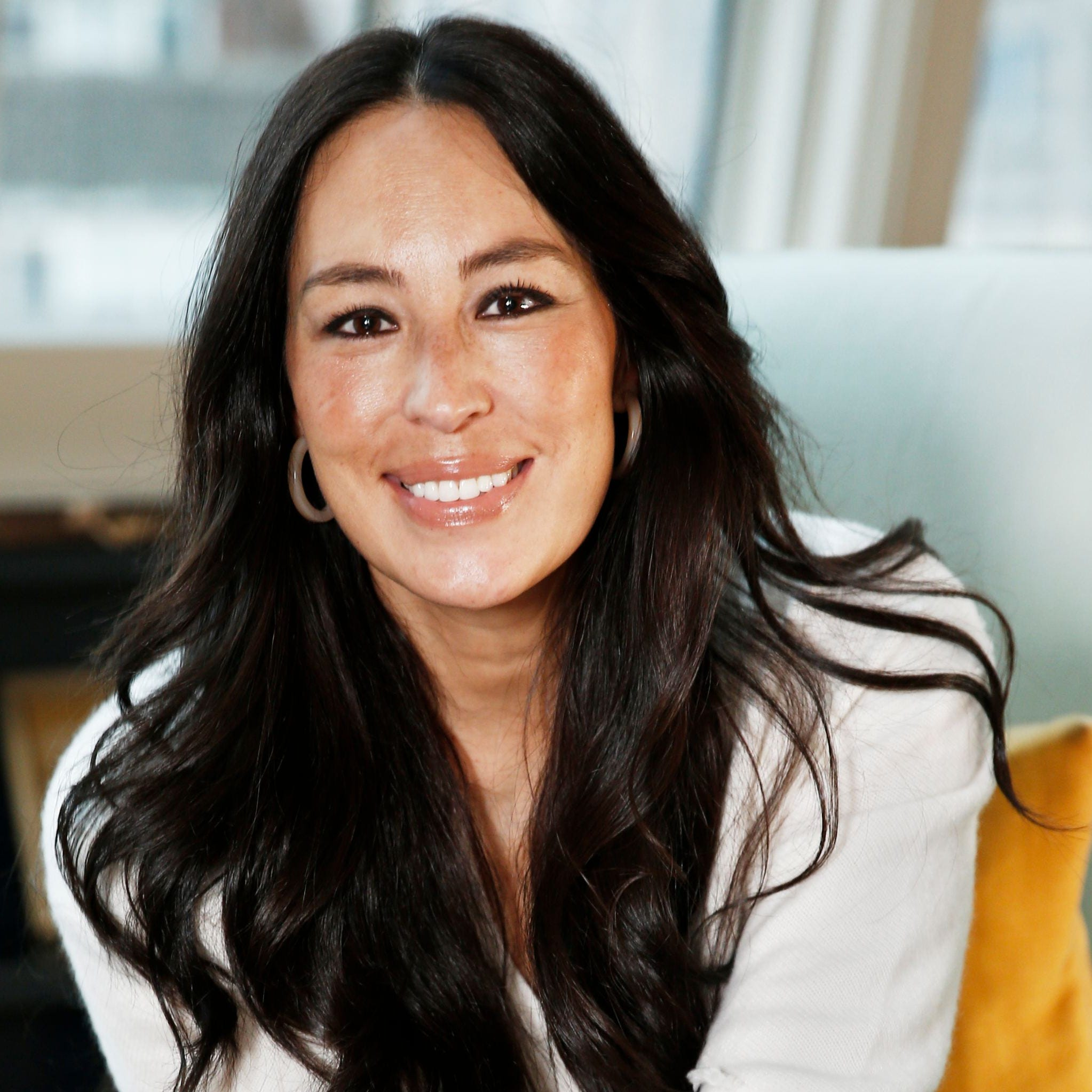 Joanna Gaines, lifestyle celeb and mother of give, wants to send a message of encouragement to parents.