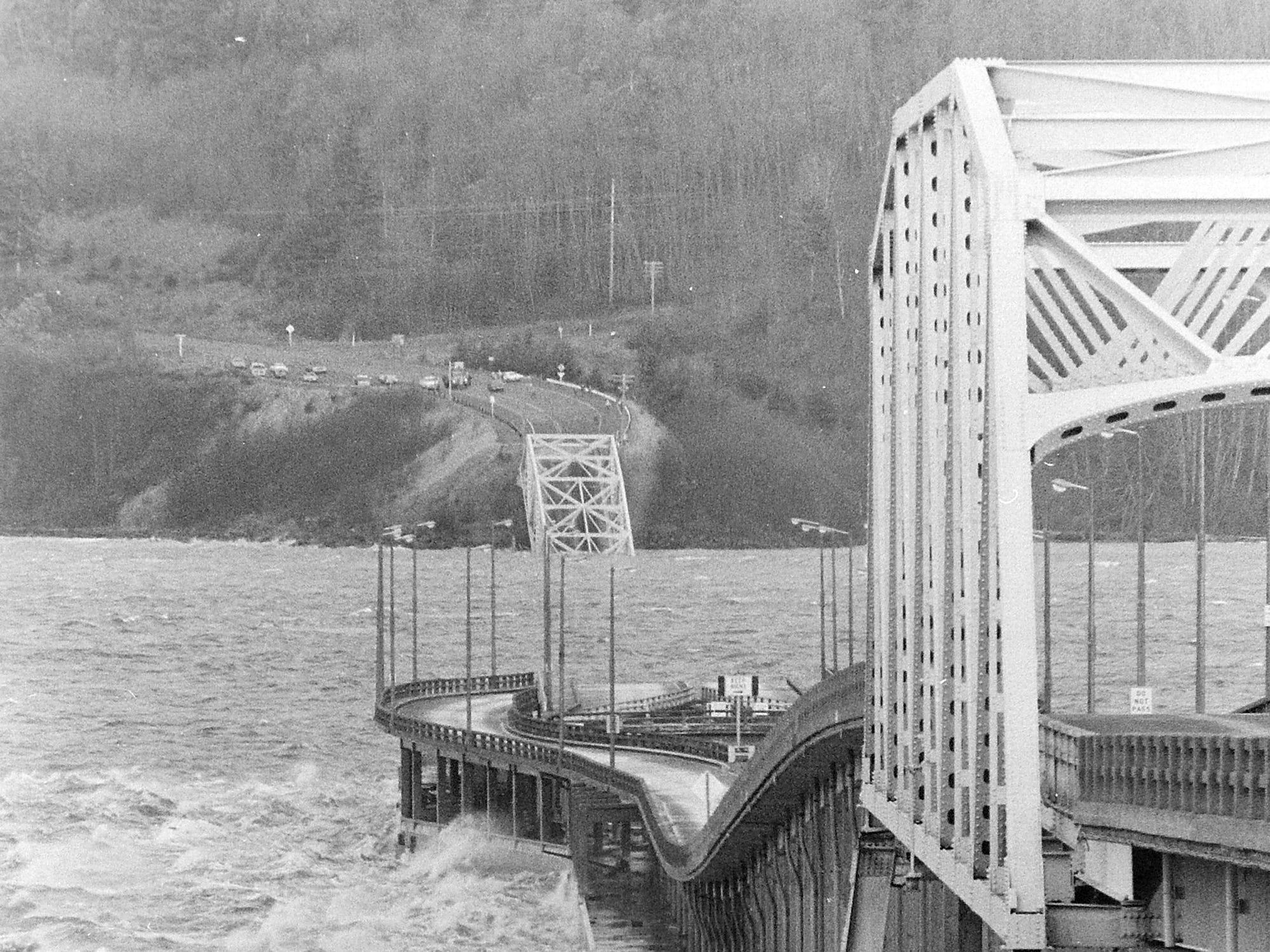 02/13/79 Hood Canal Bridge Damage
