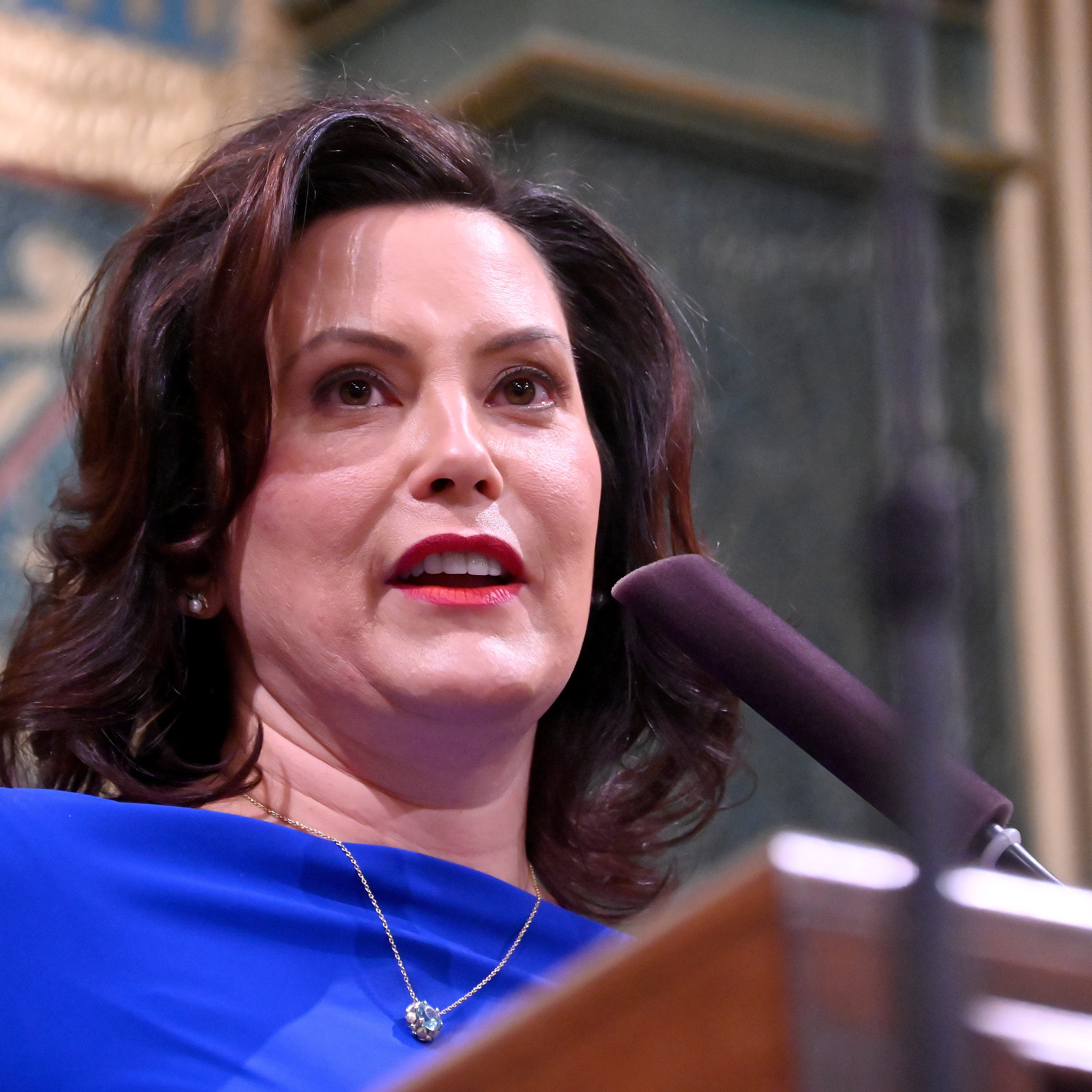 Opinion: Whitmer chooses between politics and governing