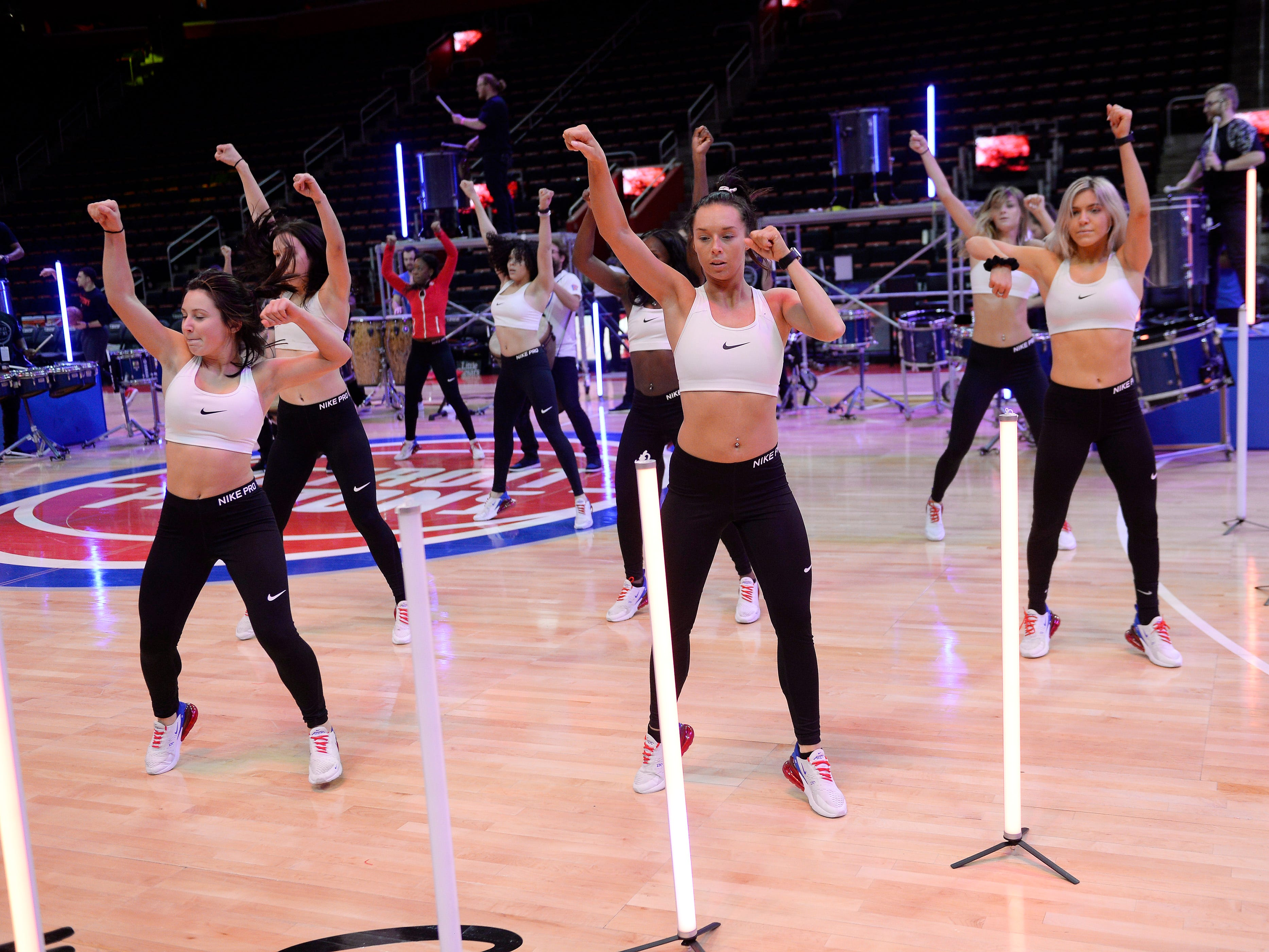 Pistons Dancers practice their halftime routine before the game against the Washington Wizards.