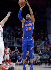 Wayne Ellington should work his way into the Pistons' starting lineup in the second half of the season.