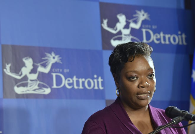 """City Councilwoman Janeé Ayers addresses the media regarding an ordinance that will require most rental housing in Detroit to follow a """"ban the box"""" policy to ensure fair housing for Detroit's felons."""