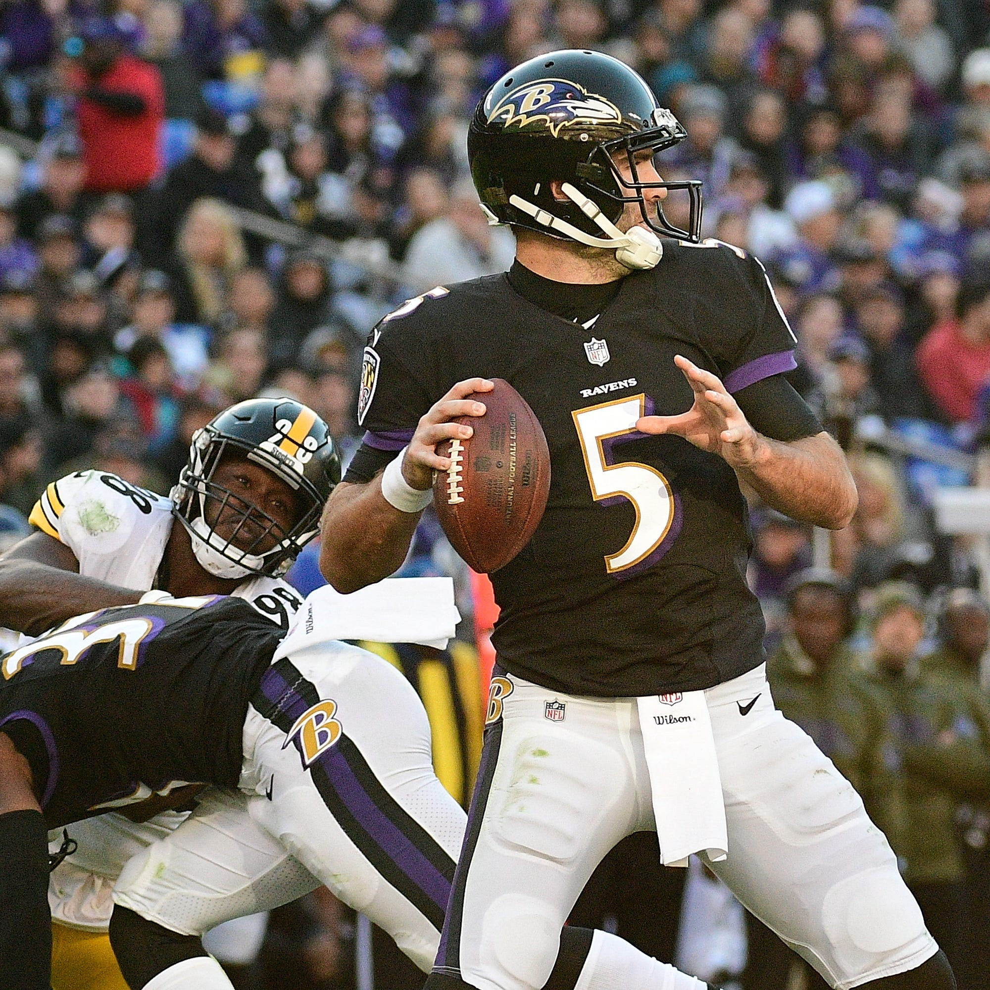 Denver Broncos agree to trade for former Super Bowl MVP quarterback Joe Flacco from Ravens