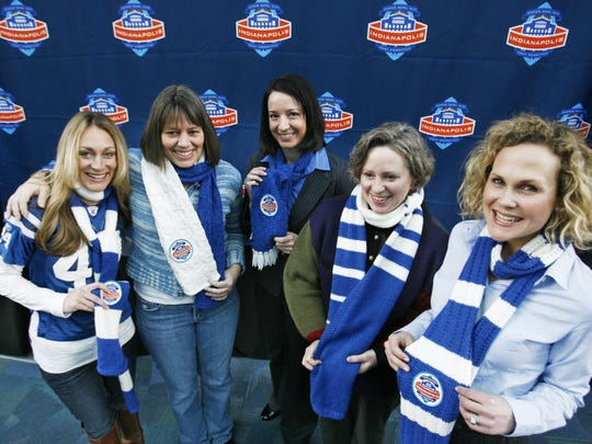 "This 2010 photo shows ""Super Scarves"" worn by, from left, Norma Lawrence, Karin Lyons, Katie Meister, Alison Jester and Molly Chavers."