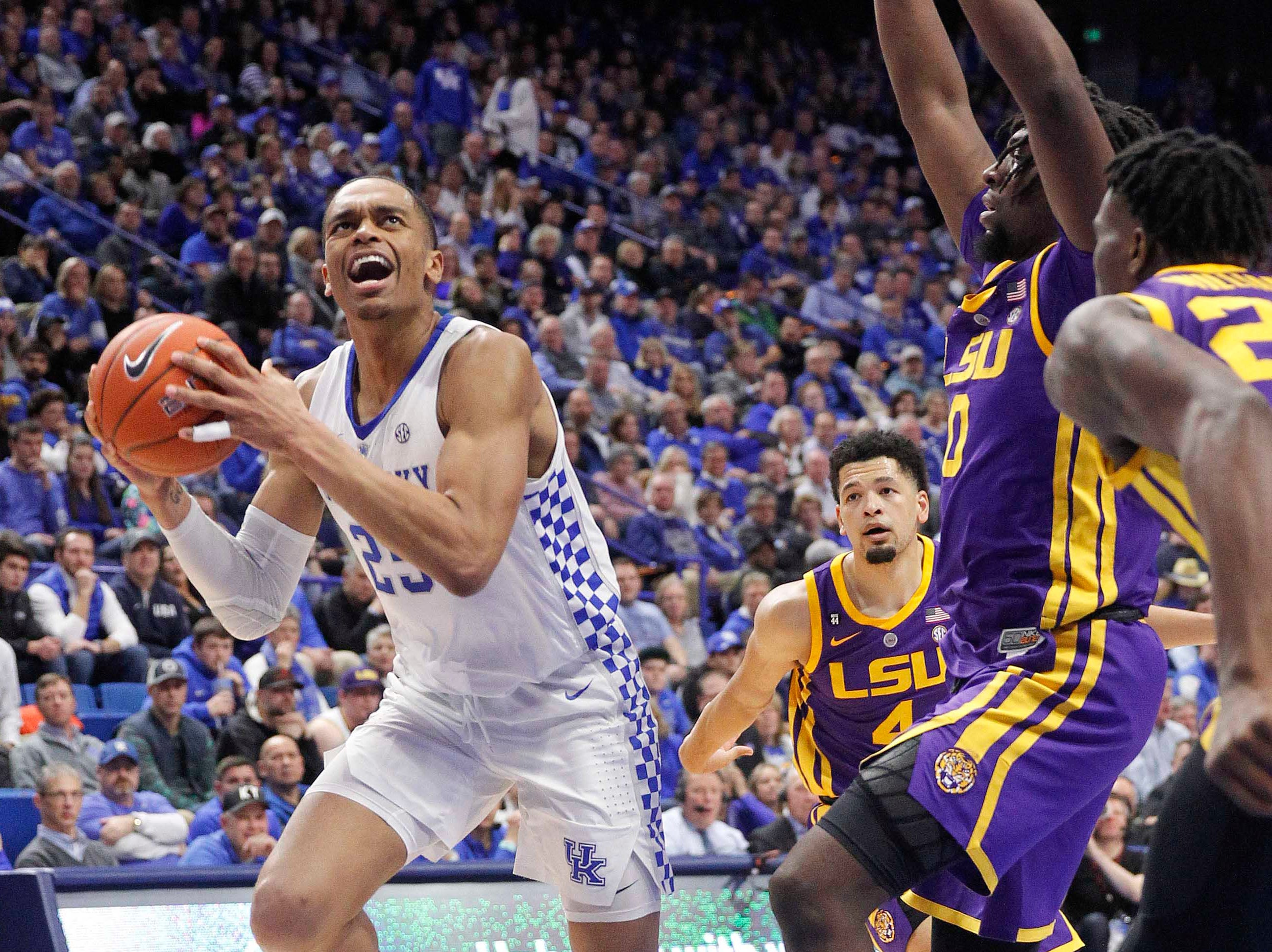 Feb 12, 2019; Lexington, KY, USA; Kentucky Wildcats forward PJ Washington (25) shoots the ball against the LSU Tigers in the second half at Rupp Arena. Mandatory Credit: Mark Zerof-USA TODAY Sports