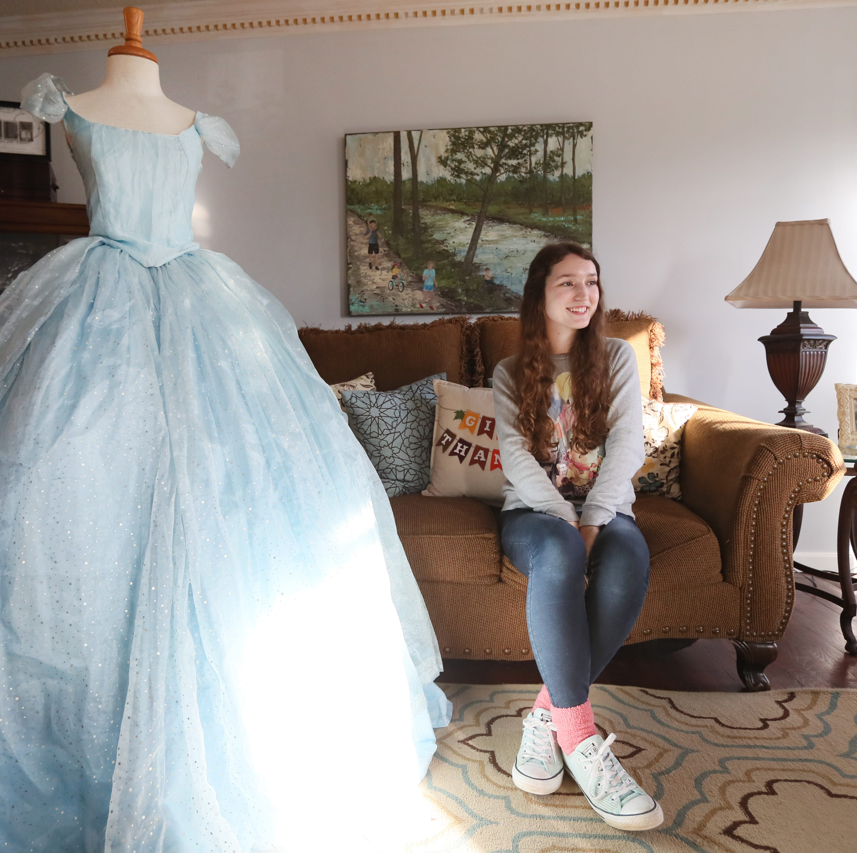 This Houston High School student is making her own prom dress — and she'll make yours, too