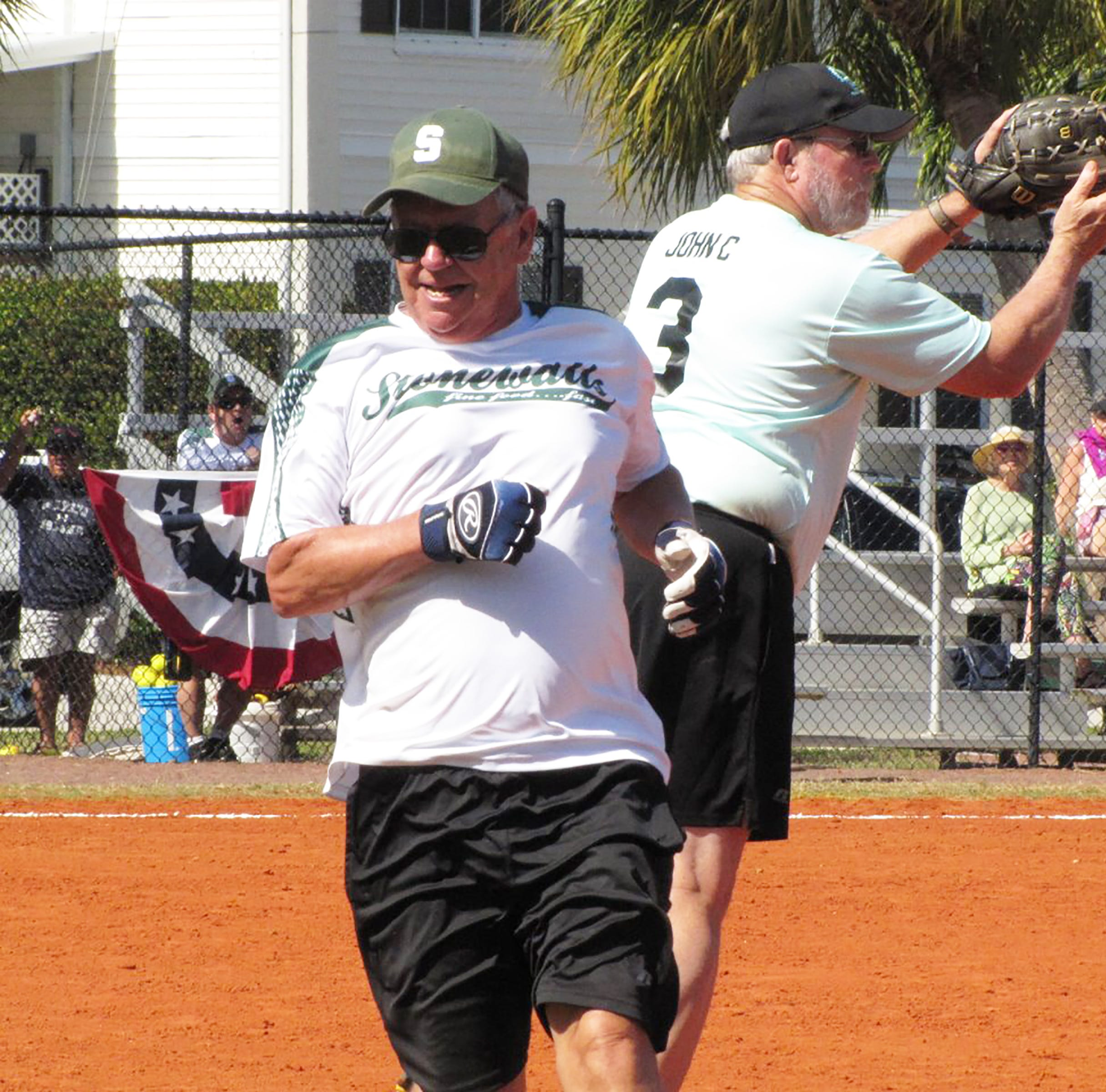 Senior Softball: Da Vinci's continues to roll